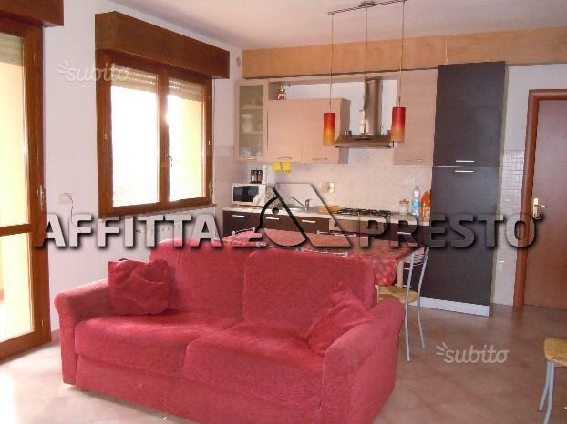 affitto appartamento ponsacco ponsacco  550 euro  3 locali  80 mq