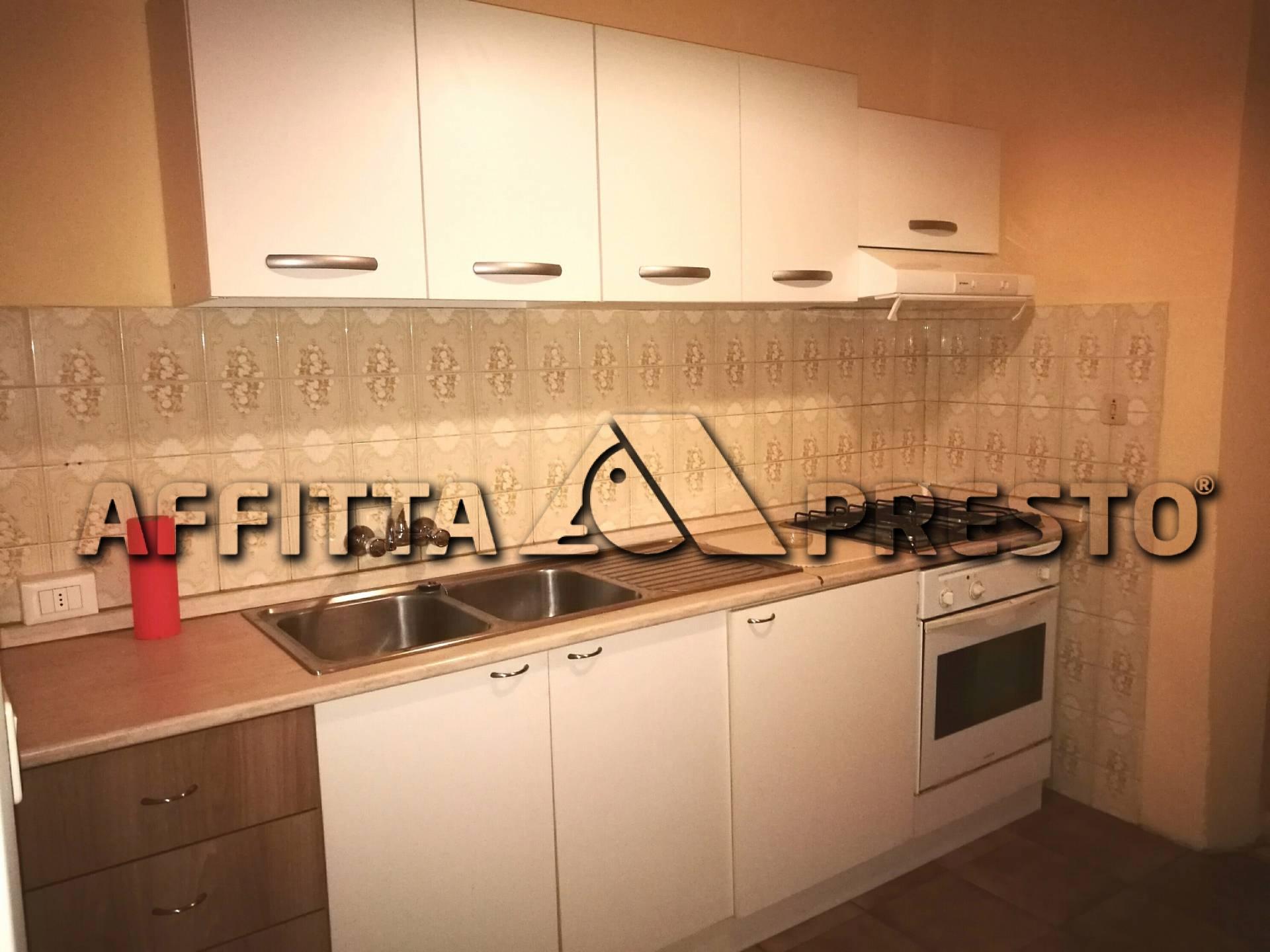 Appartamento in affitto a pontedera - La cucina abusiva pontedera ...