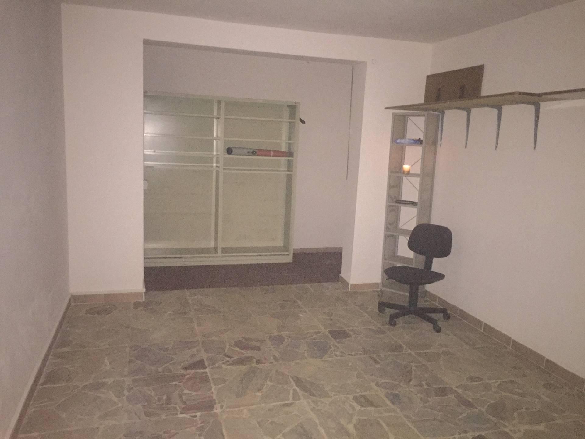 Box / Garage in affitto a Empoli, 1 locali, prezzo € 250 | Cambio Casa.it
