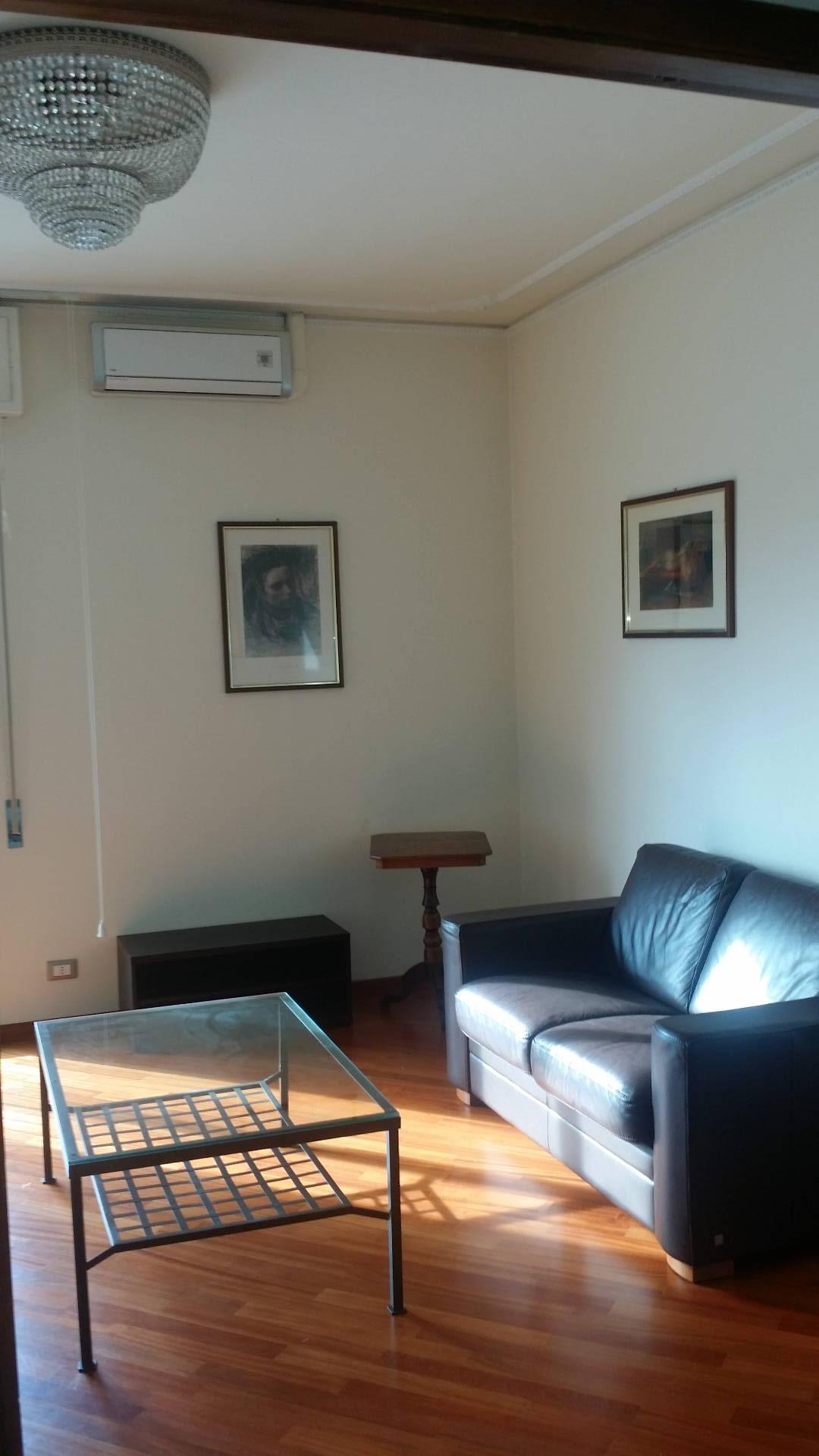 Attico / Mansarda in affitto a Empoli, 5 locali, zona Località: Poste, prezzo € 800 | Cambio Casa.it