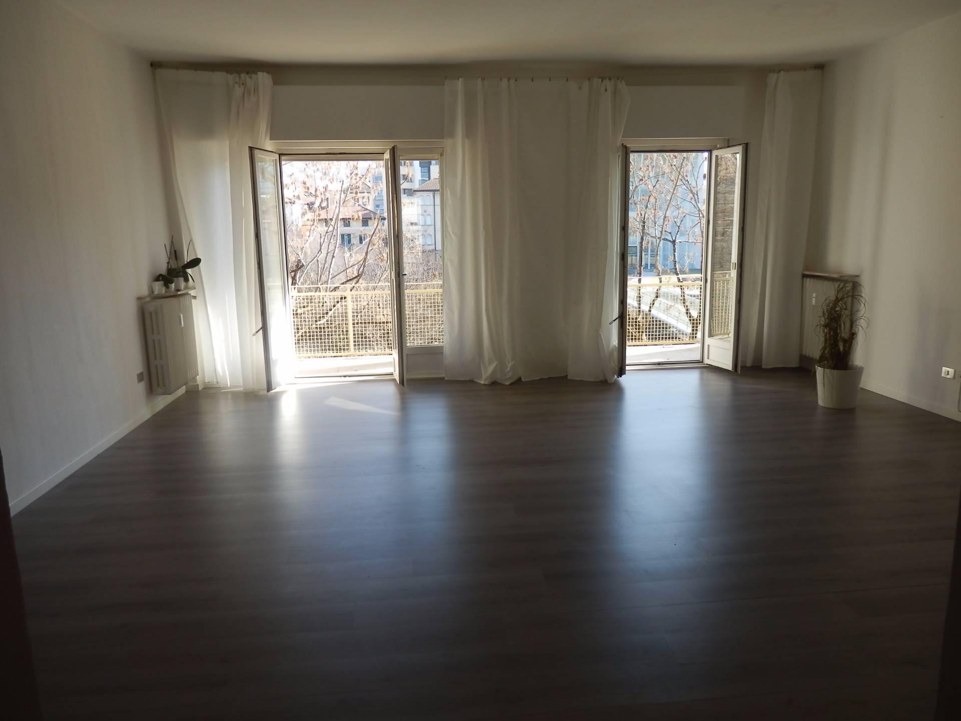 Appartamento in affitto a Bolzano, 6 locali, zona Zona: Residenziale, prezzo € 100 | Cambio Casa.it