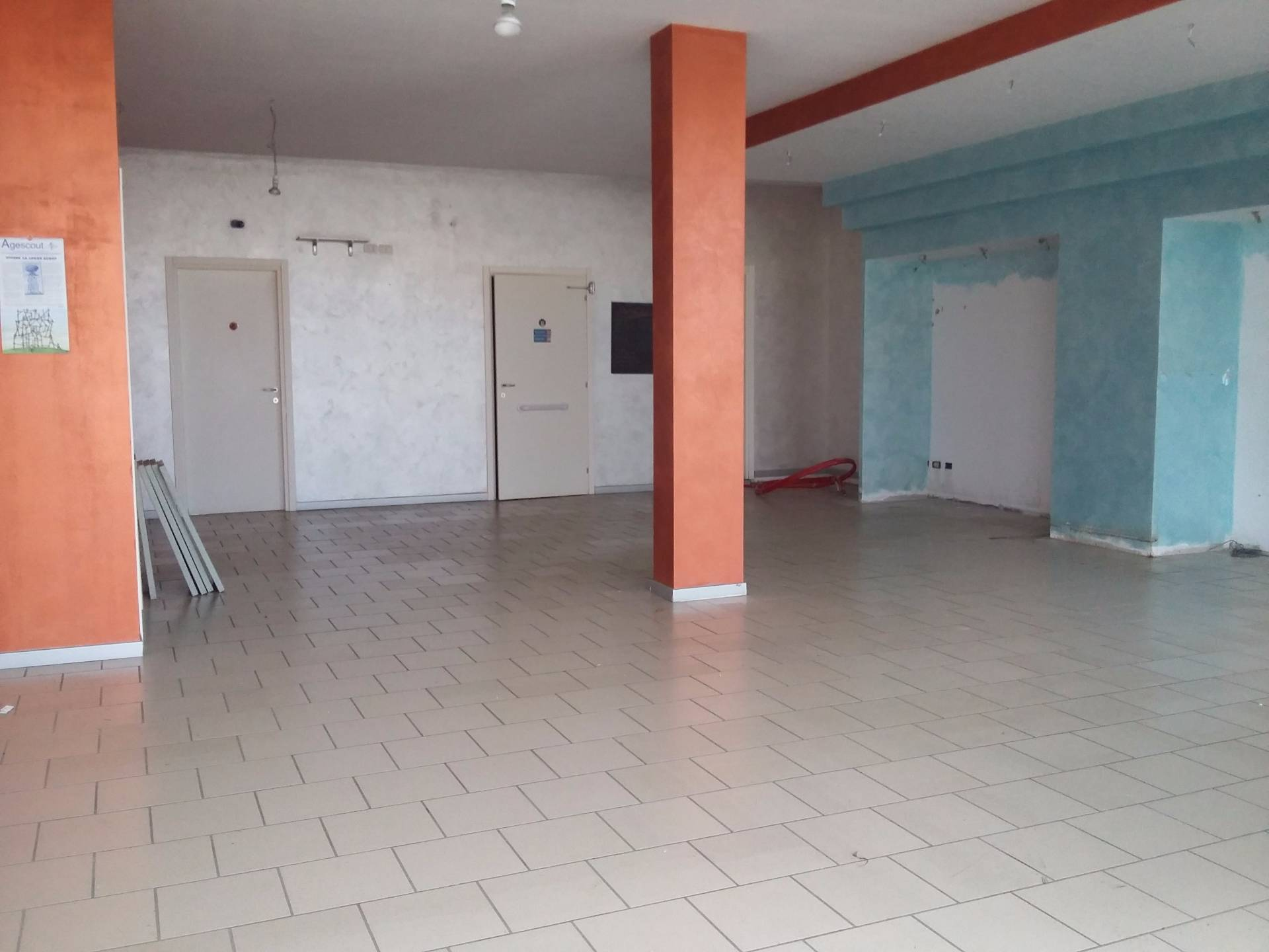 Attività / Licenza in affitto a Montaione, 9999 locali, zona Zona: Mura, prezzo € 700 | CambioCasa.it