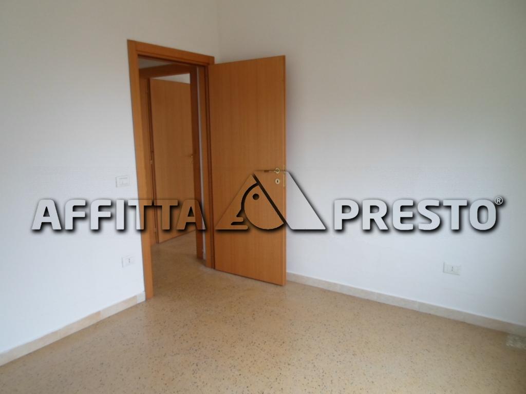 Appartamento in affitto a Bertinoro, 4 locali, zona Località: Bertinoro, prezzo € 500 | Cambio Casa.it