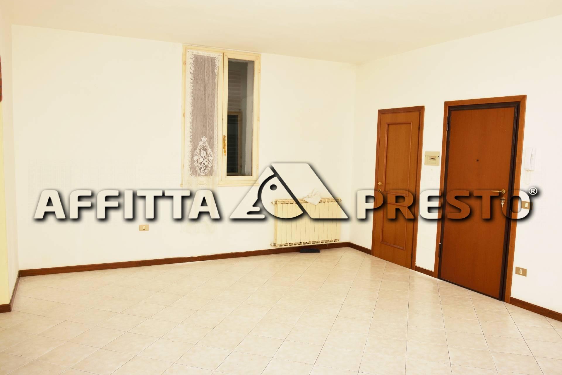 Appartamento in affitto a Ravenna, 3 locali, zona Località: Stazione, prezzo € 550   CambioCasa.it