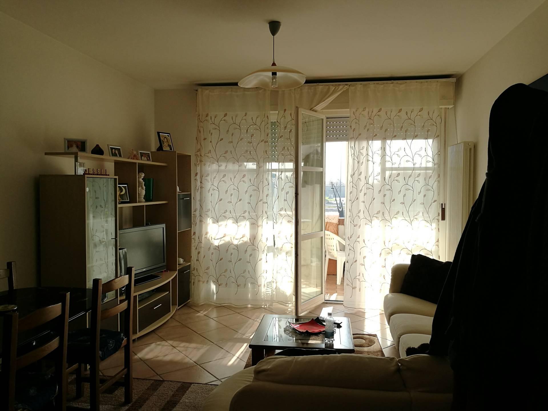 Appartamento in affitto a Lugo, 4 locali, zona Località: Stazione, prezzo € 500 | Cambio Casa.it
