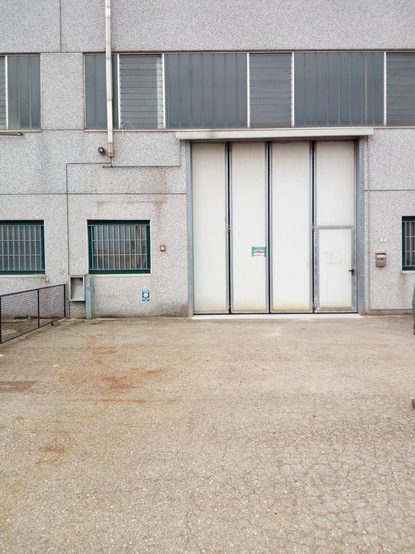 Capannone in affitto a Lugo, 9999 locali, prezzo € 830 | Cambio Casa.it