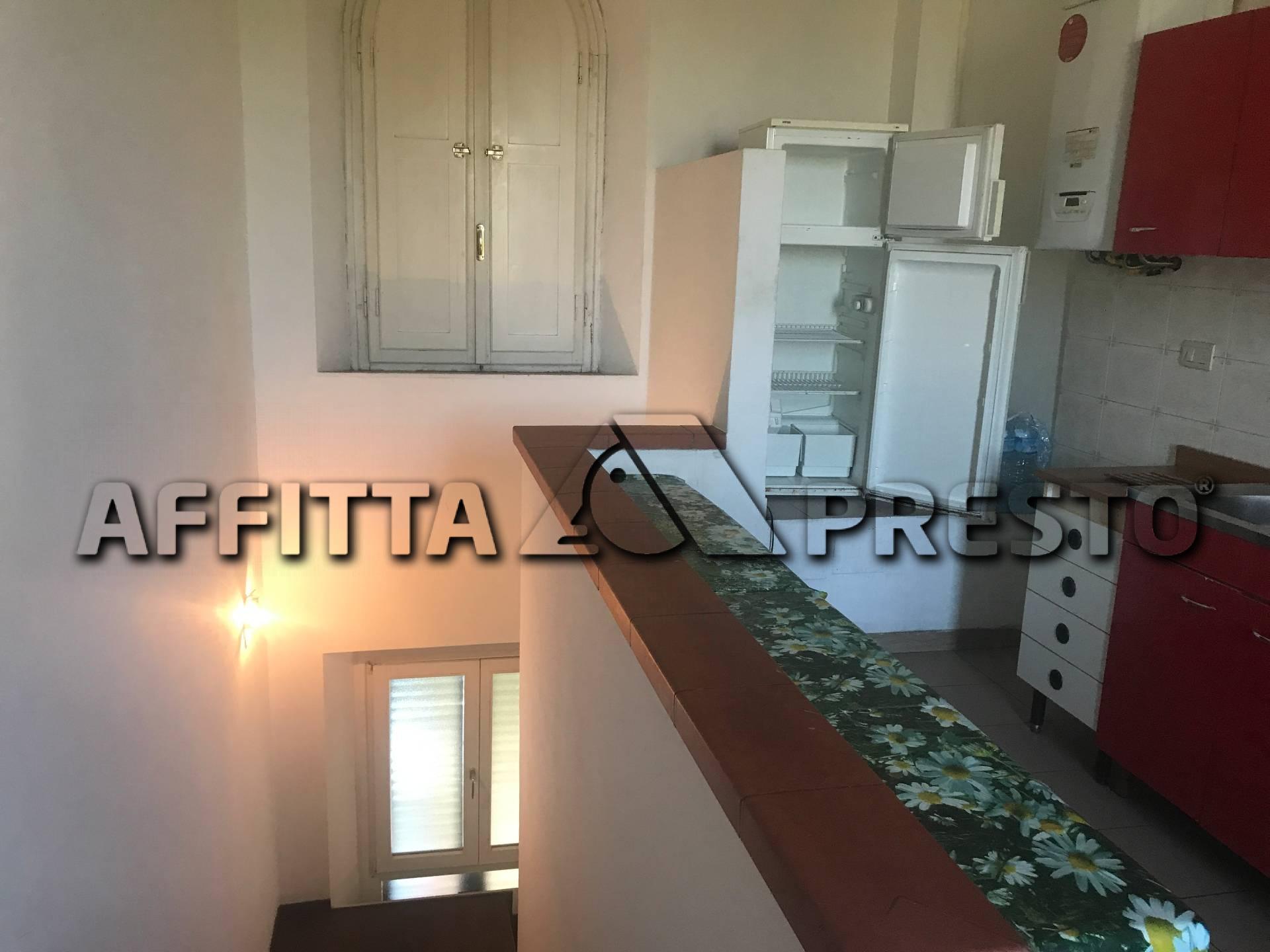Appartamento in affitto a Collesalvetti, 3 locali, zona Zona: Stagno, prezzo € 1.000 | CambioCasa.it