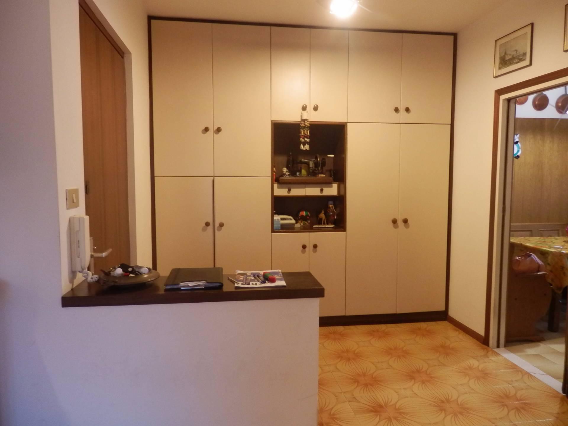 Appartamento in affitto a Bolzano, 4 locali, zona Zona: Residenziale, prezzo € 900 | Cambio Casa.it