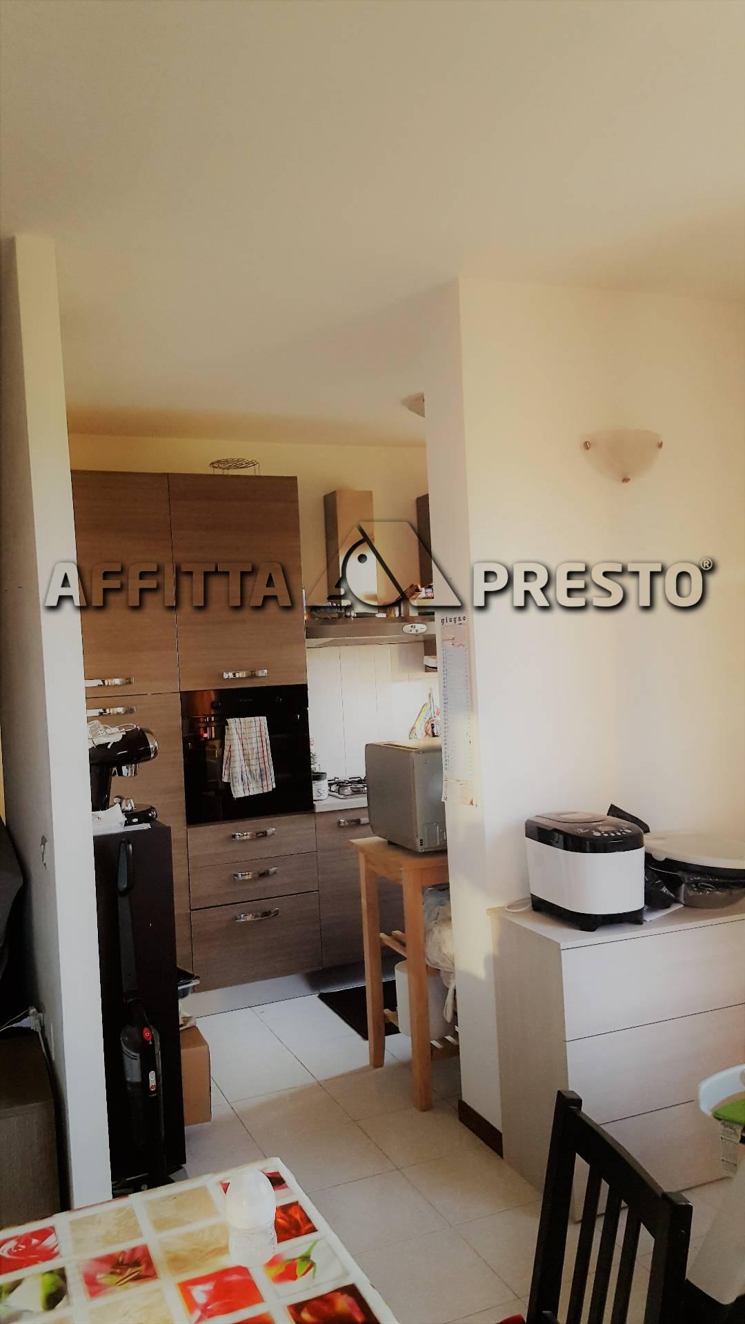 Appartamento in affitto a Ponsacco, 4 locali, prezzo € 550 | Cambio Casa.it