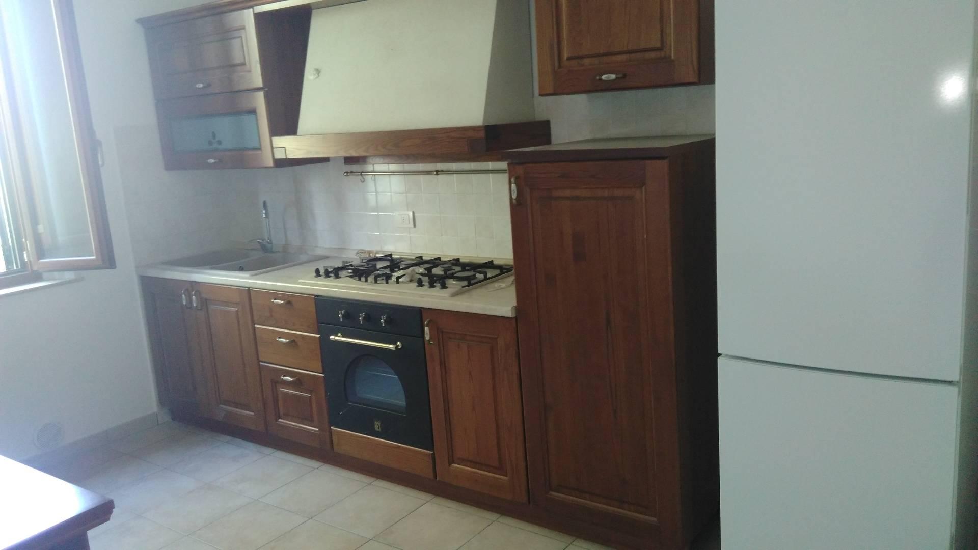 Soluzione Indipendente in affitto a Castelfiorentino, 3 locali, prezzo € 500 | CambioCasa.it