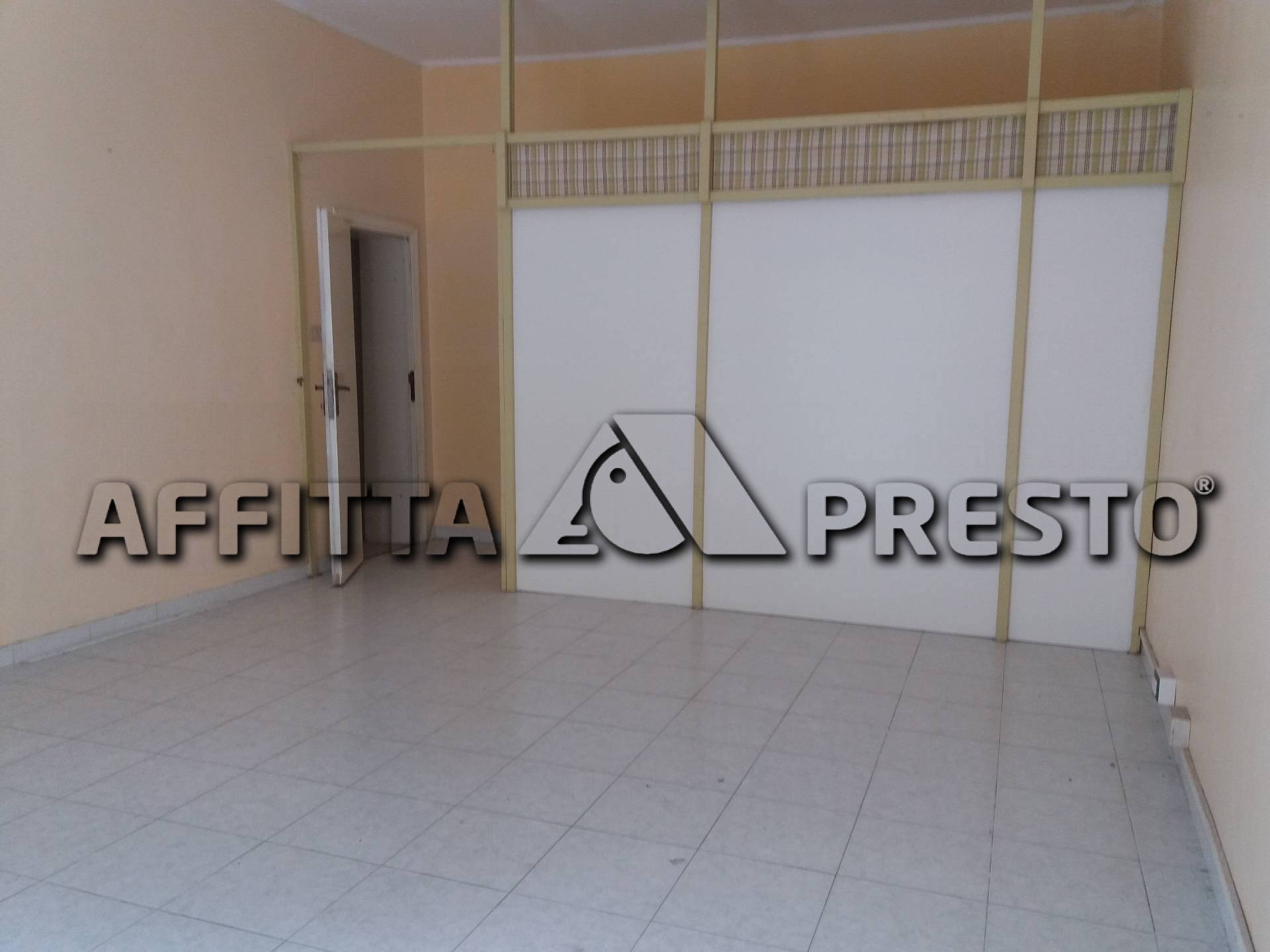 Attività commerciale in vendita a Pontedera (PI)
