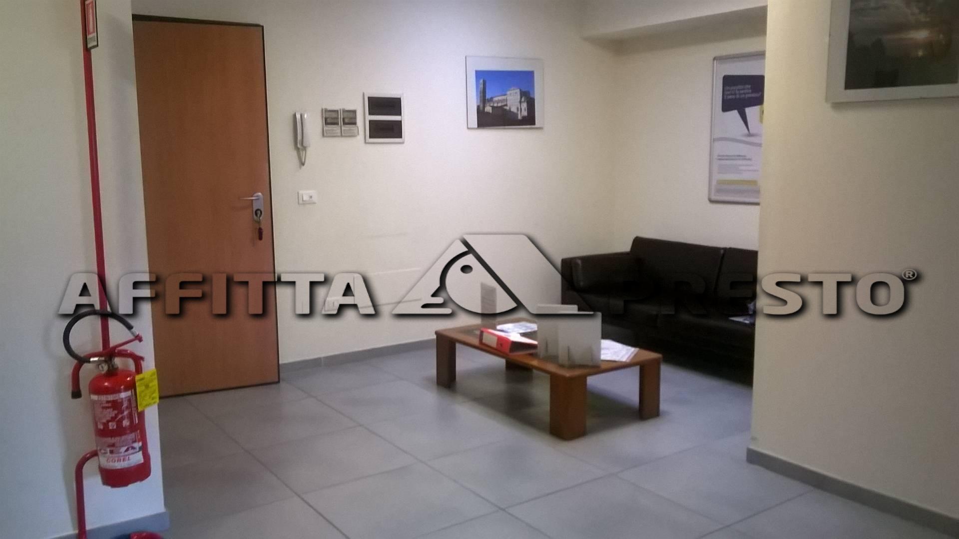 Attività commerciale in affitto a Ospedaletto, Pisa