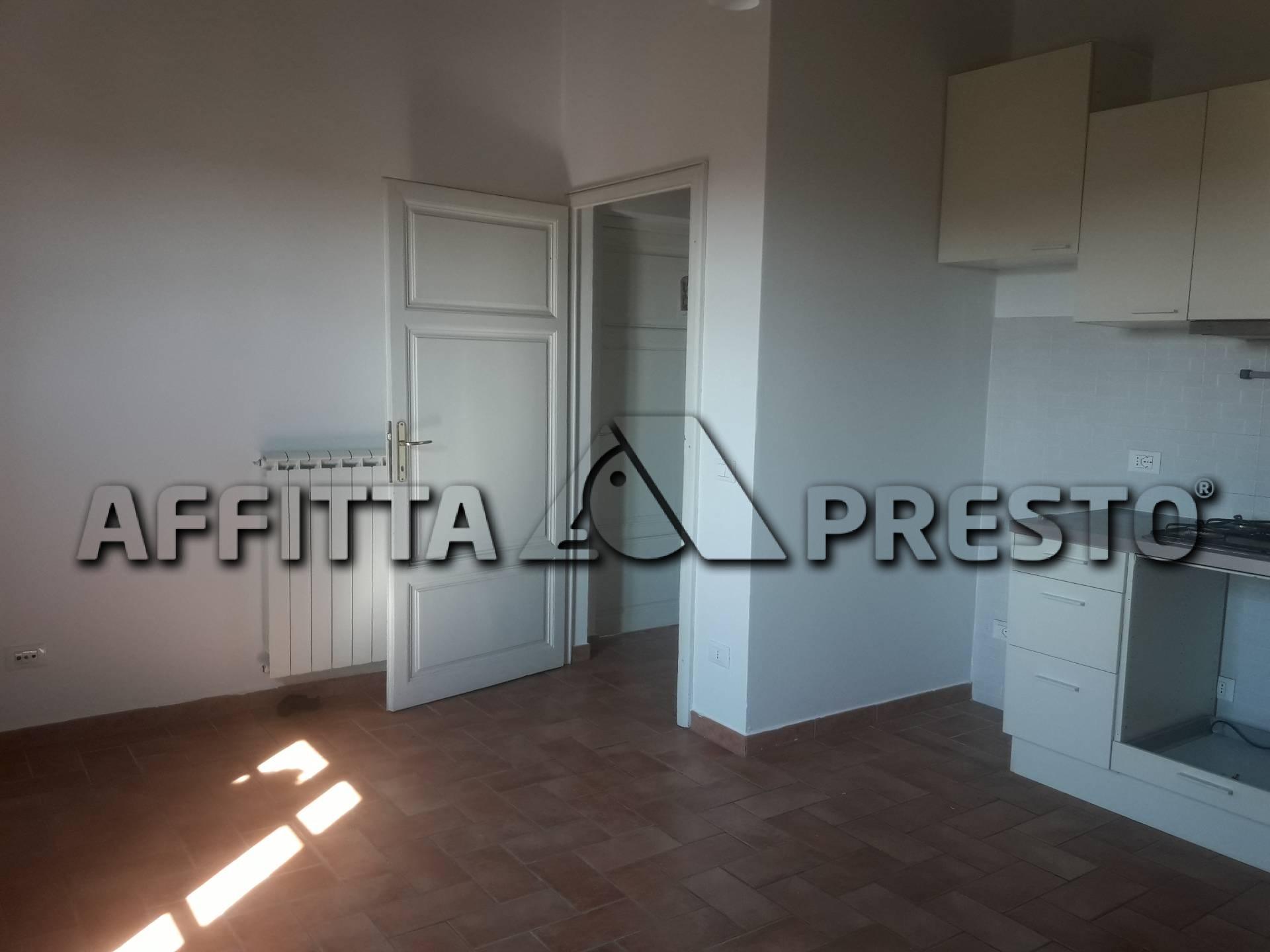 affitto appartamento ponsacco ponsacco  500 euro  3 locali  70 mq