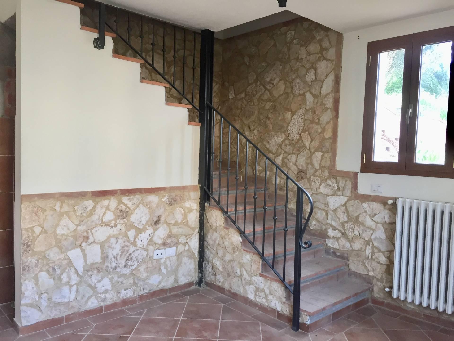 affitto appartamento castelfiorentino   380 euro  3 locali  45 mq