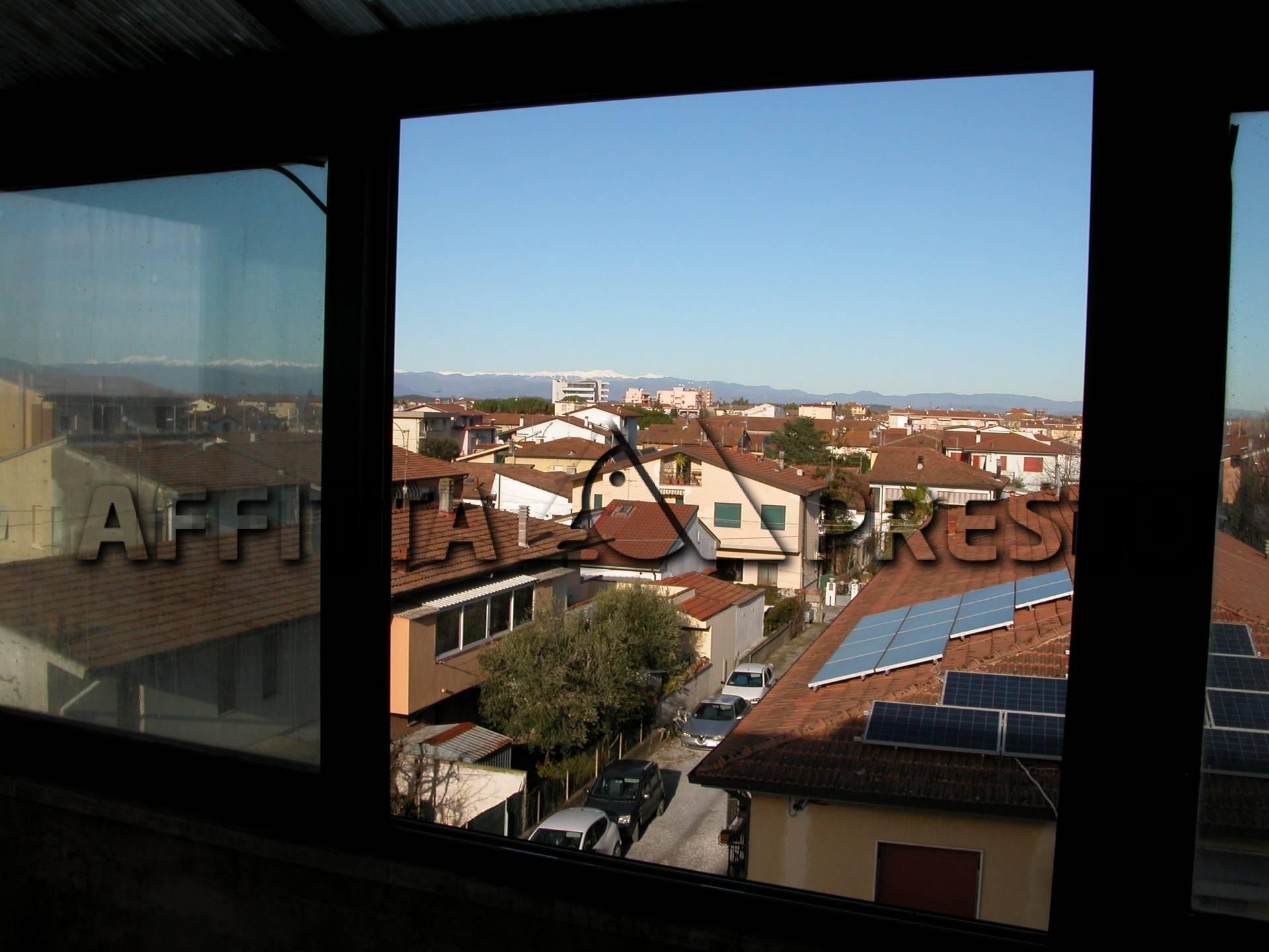 affitto appartamento ponsacco ponsacco  500 euro  4 locali  75 mq