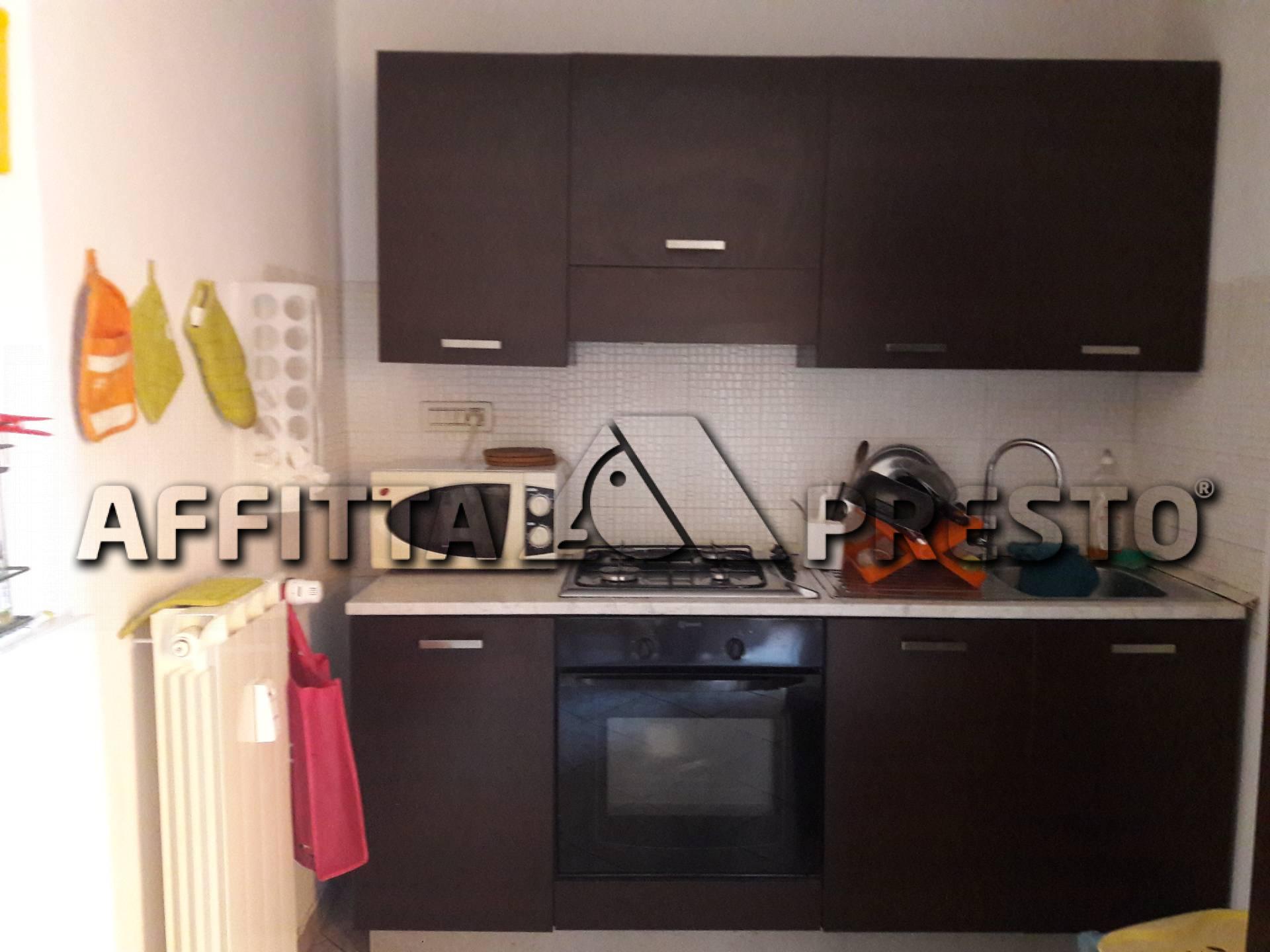 Appartamento in affitto a Pisa, 4 locali, zona Località: Portaamare, prezzo € 900 | CambioCasa.it