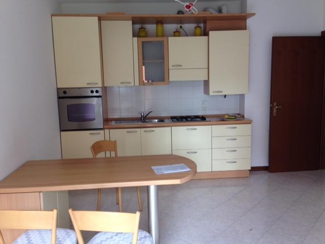 Appartamento in affitto a Bergamo, 2 locali, prezzo € 500 | CambioCasa.it