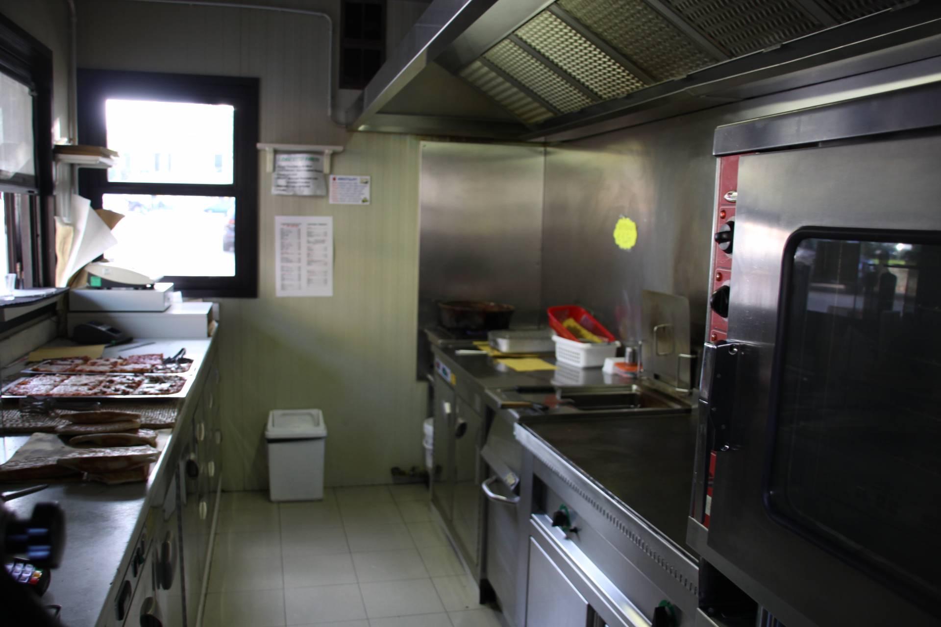 Negozio / Locale in affitto a Faenza, 9999 locali, zona Località: CENTRO, prezzo € 130.000   CambioCasa.it