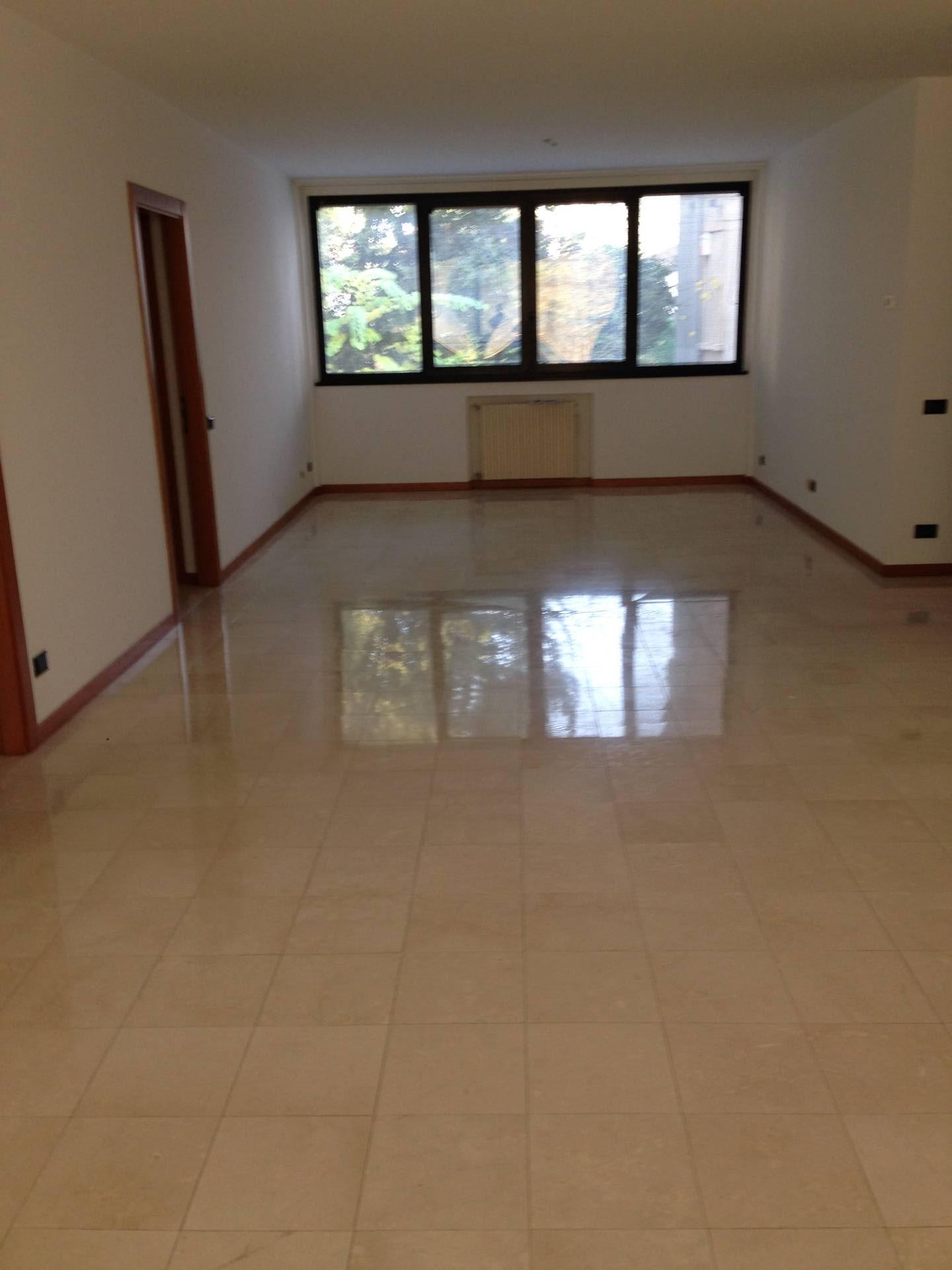 Appartamento, 124 Mq, Affitto - Bergamo (Bergamo)