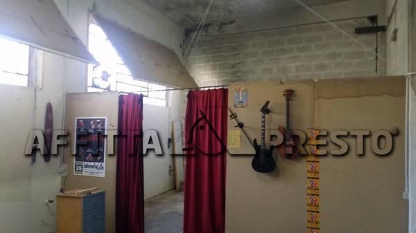Attività commerciale in affitto a Vicopisano (PI)