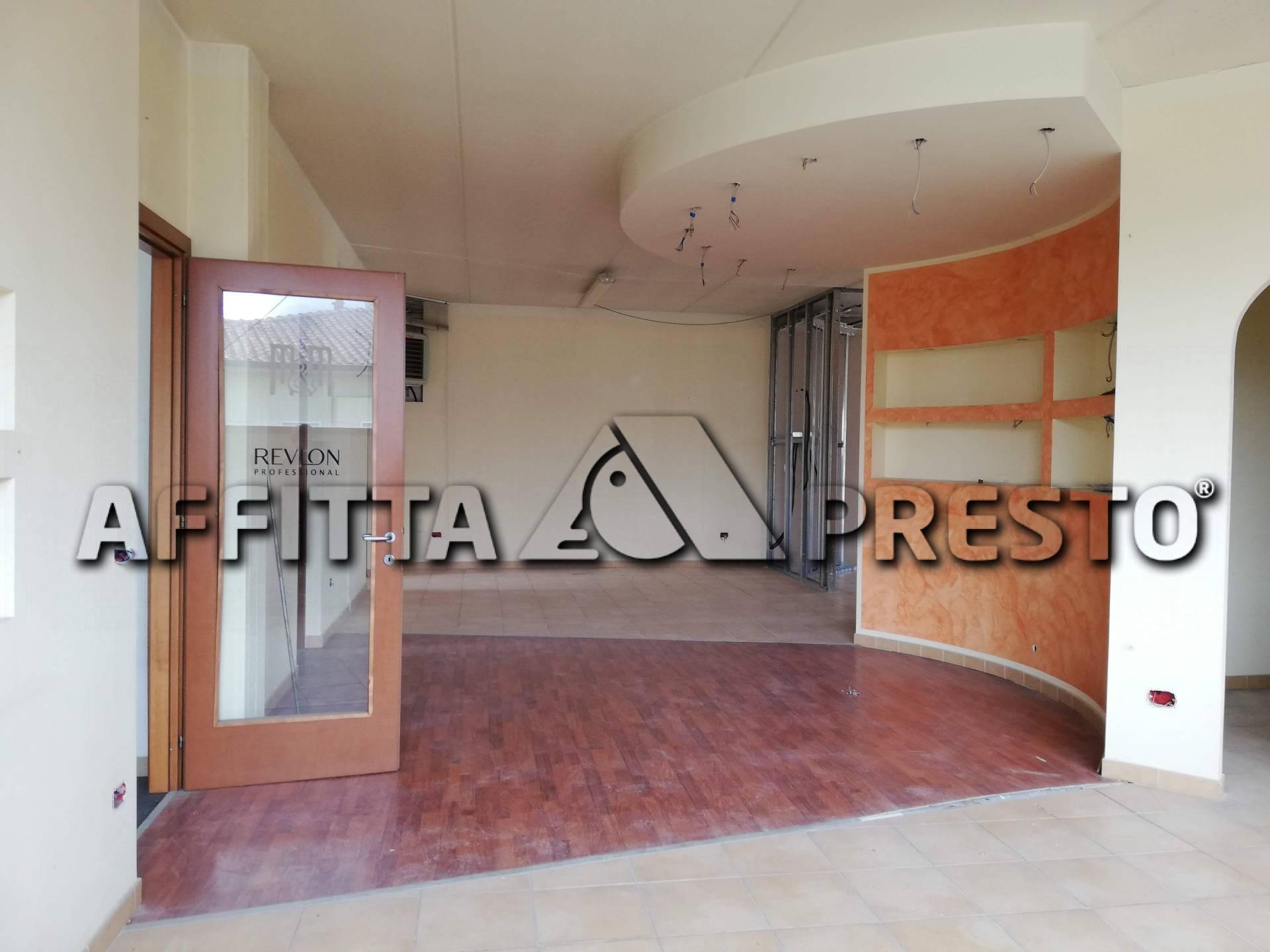 Attività commerciale in affitto a Castelfranco di Sotto (PI)
