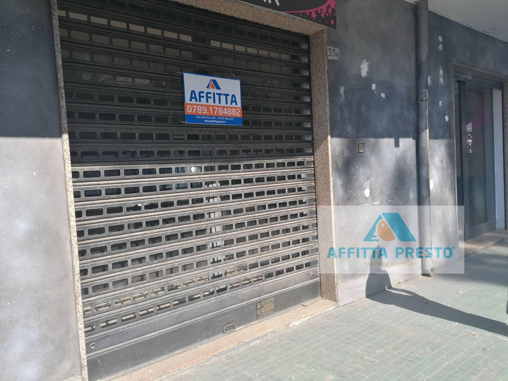 NEGOZIO in Affitto a Olbia città, Olbia (SASSARI)