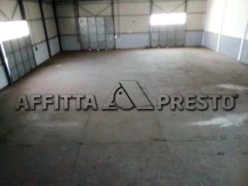 Attività / Licenza in affitto a Collesalvetti, 3 locali, prezzo € 1.800   PortaleAgenzieImmobiliari.it