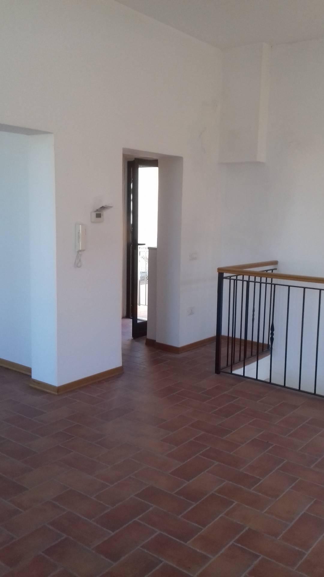 Ufficio / Studio in affitto a Lugo, 9999 locali, zona Località: centro, prezzo € 650   CambioCasa.it