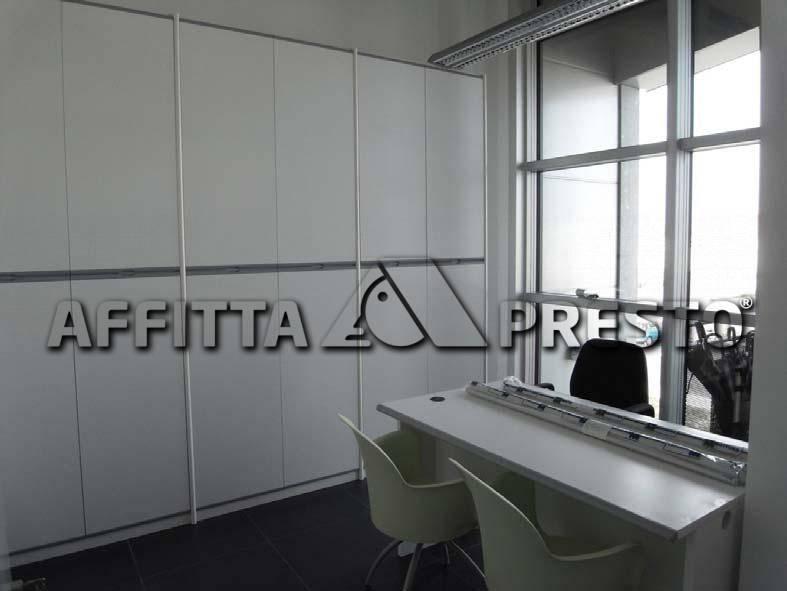 Ufficio in affitto a Le Melorie, Ponsacco (PI)