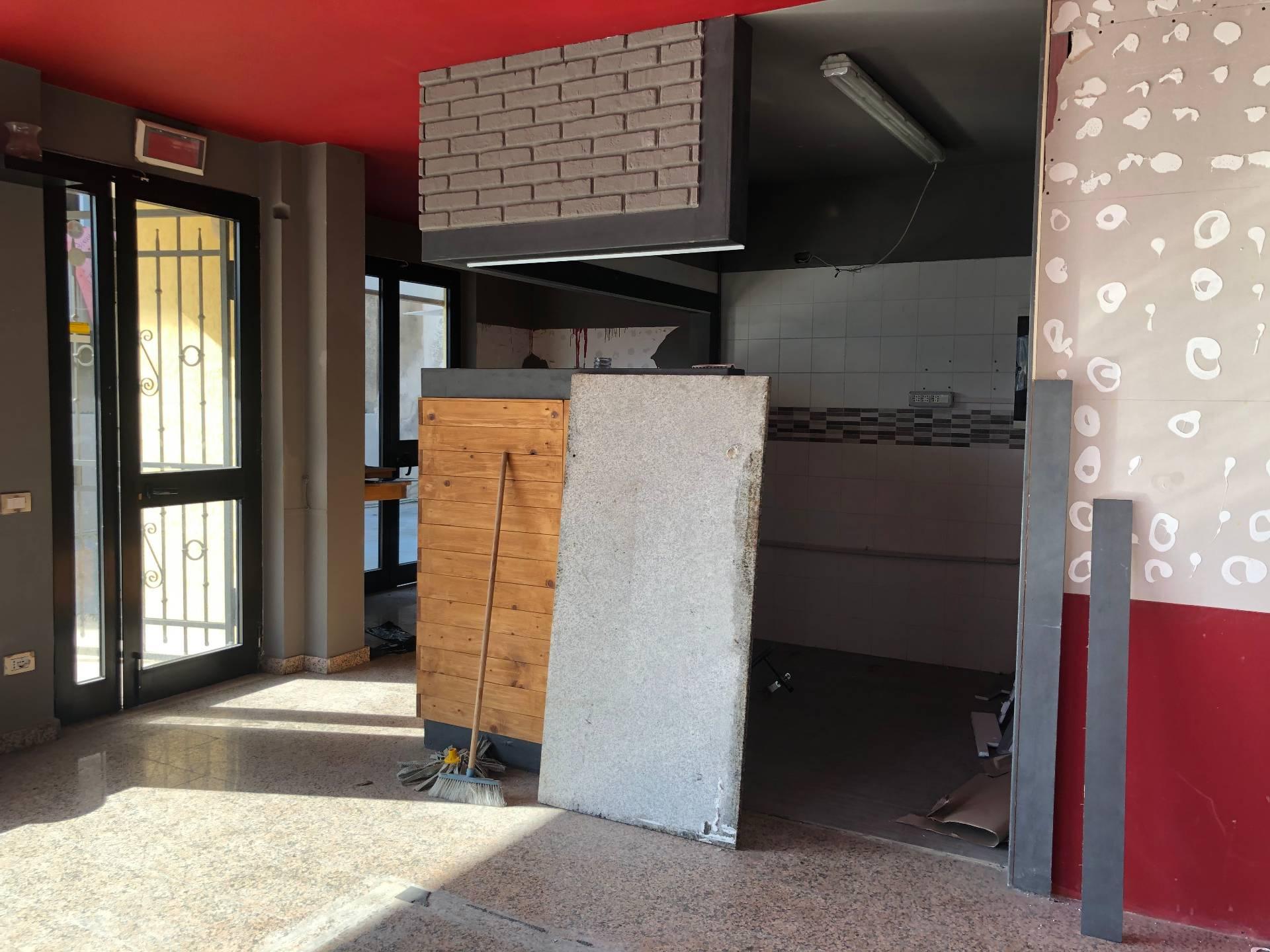 Attività commerciale in affitto - Viareggio