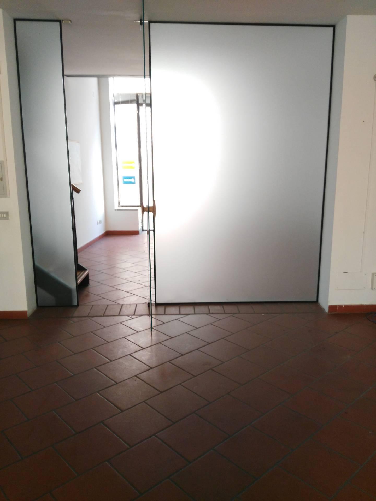 Negozio / Locale in affitto a Faenza, 9999 locali, zona Località: CENTRO, prezzo € 2.500   CambioCasa.it