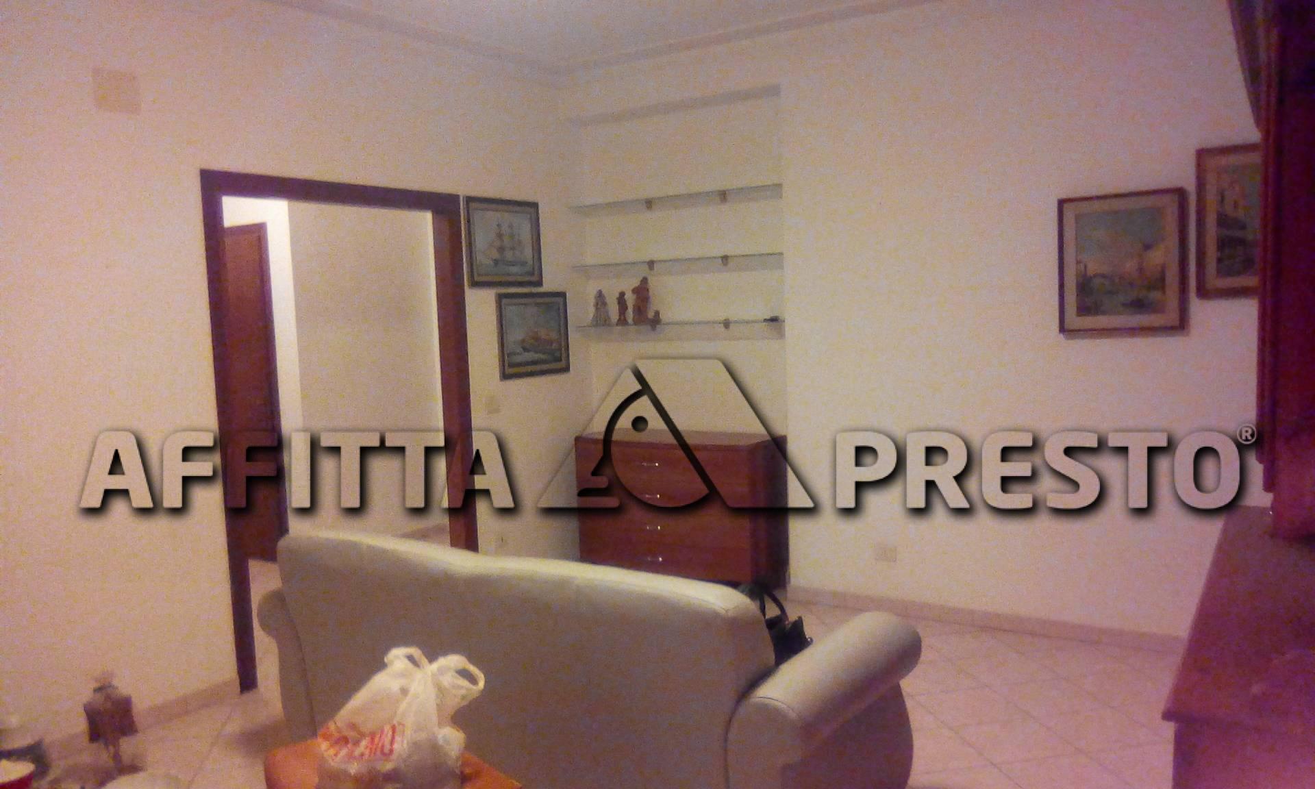 Appartamento in affitto a Collesalvetti, 4 locali, zona Zona: Vicarello, prezzo € 850 | CambioCasa.it
