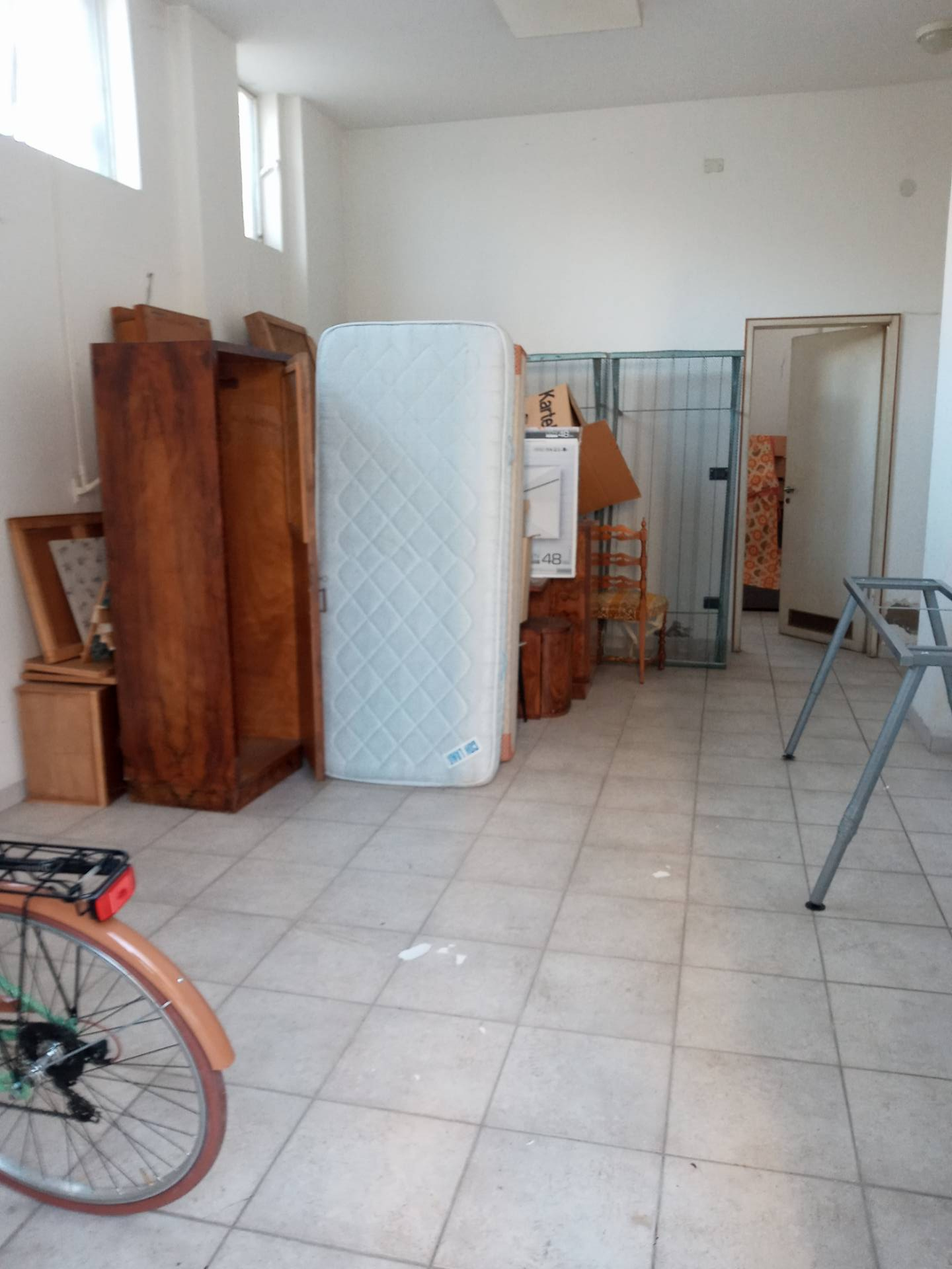 Ufficio / Studio in affitto a Lugo, 9999 locali, zona Località: Stazione, prezzo € 400   CambioCasa.it