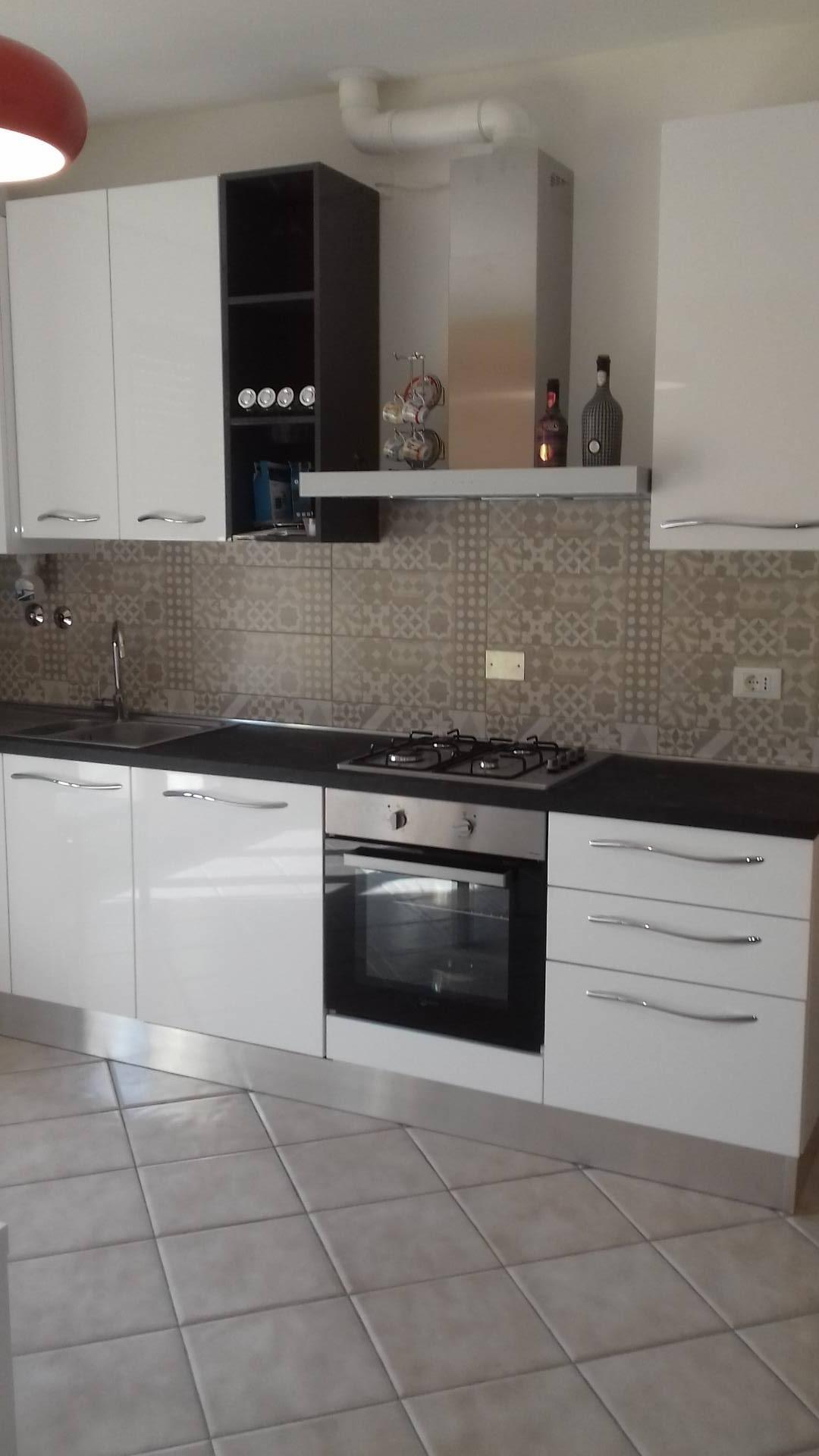 Appartamento in affitto a Massa Lombarda, 3 locali, zona Località: MassaLombarda, prezzo € 500 | CambioCasa.it