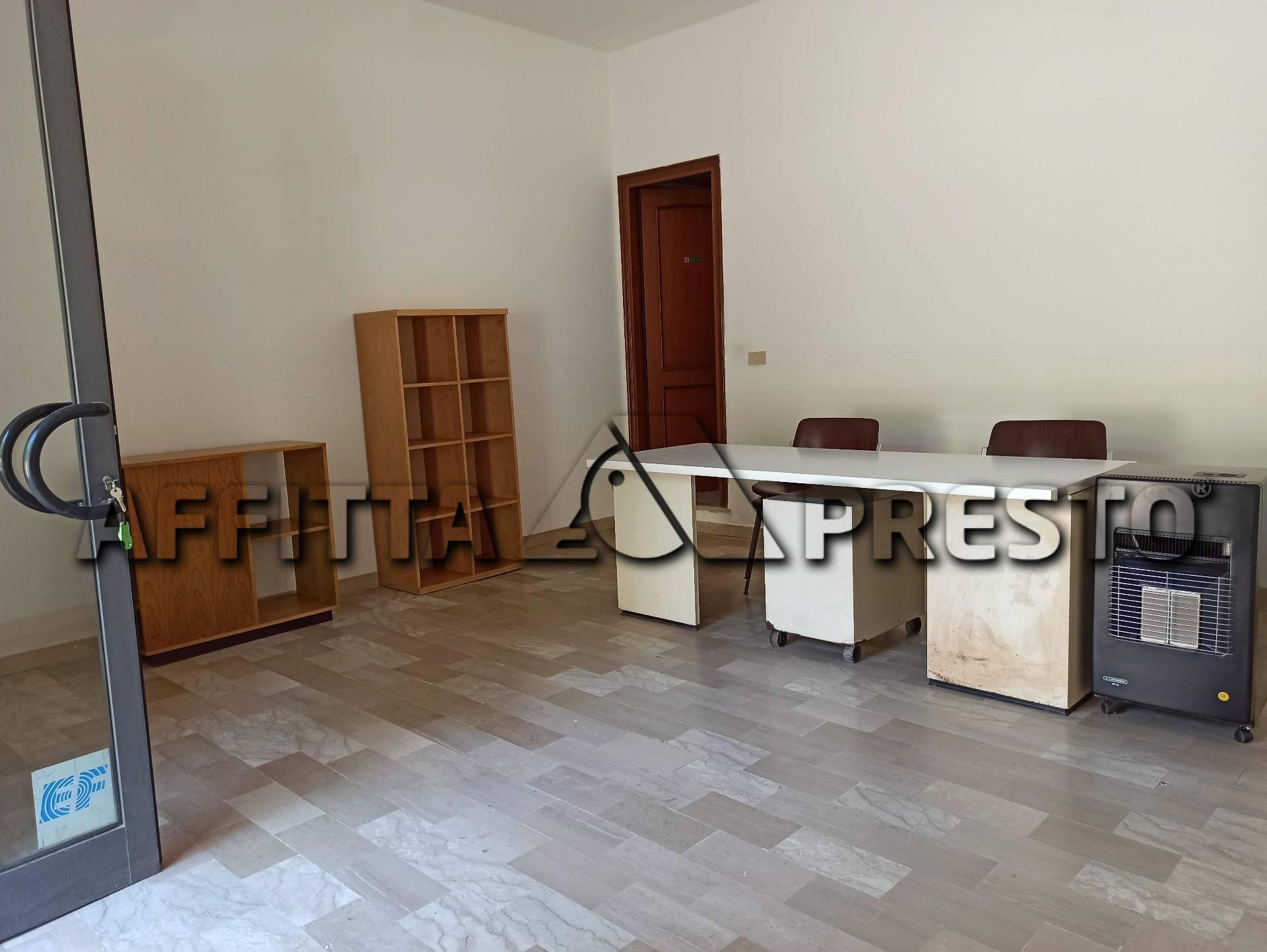 Attività commerciale in affitto a Barbaricina, Pisa
