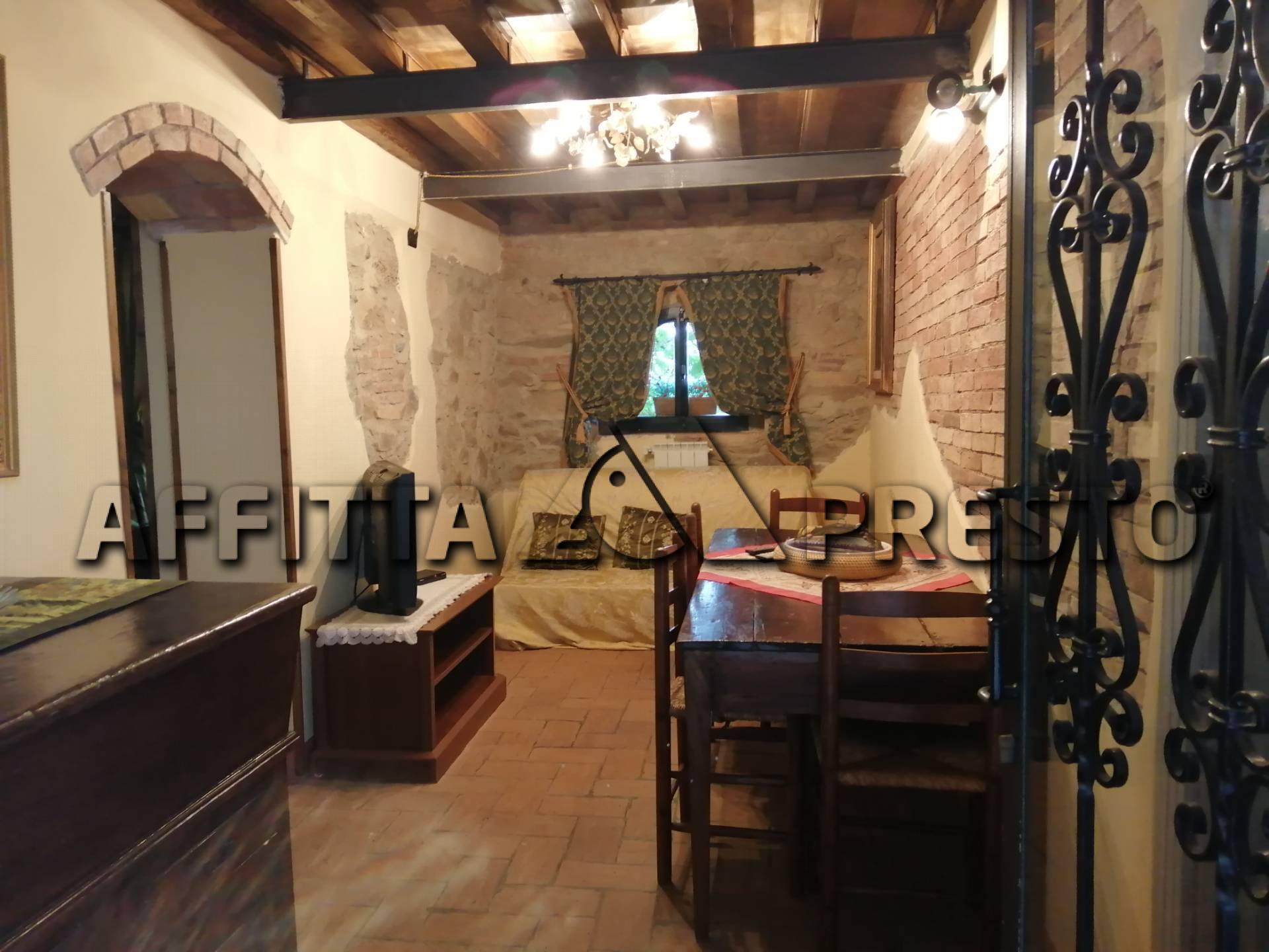 Soluzione Indipendente in affitto a Chianni, 3 locali, prezzo € 700   CambioCasa.it