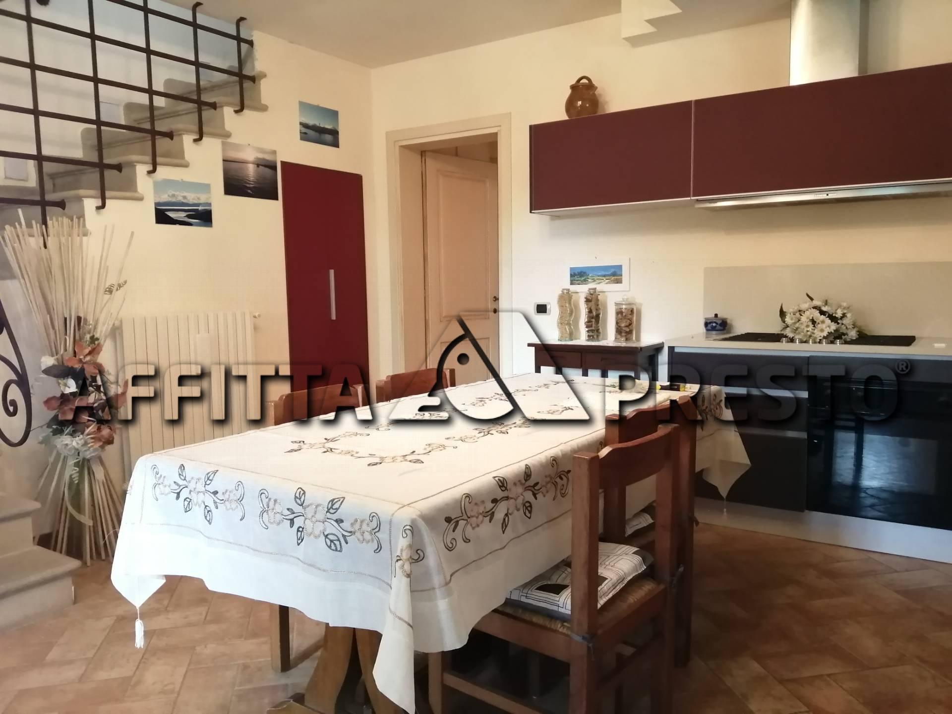 Soluzione Indipendente in affitto a Chianni, 3 locali, zona Località: LaFornace, prezzo € 800   CambioCasa.it