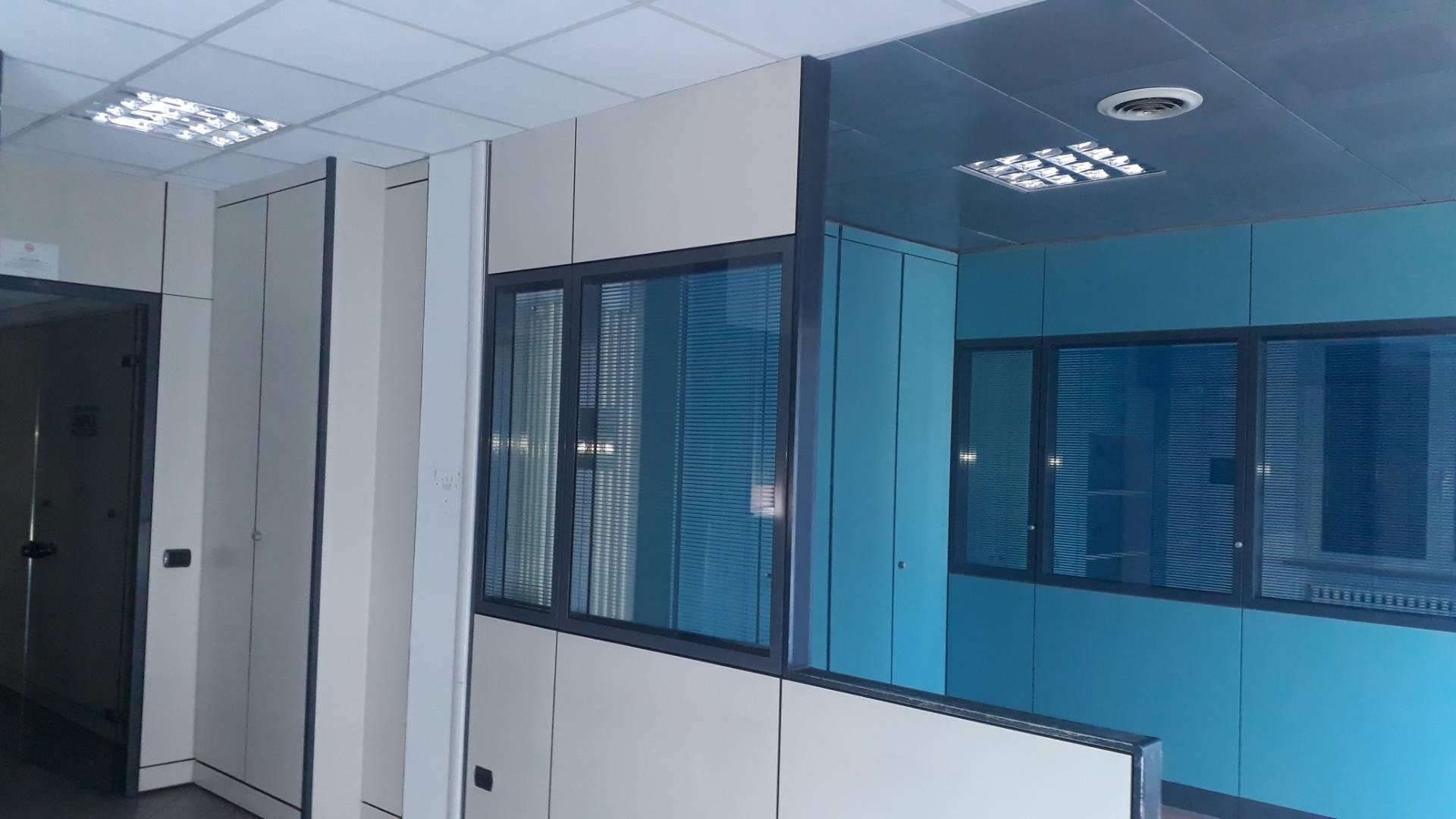 Ufficio / Studio in affitto a Pesaro, 9999 locali, prezzo € 1.800   CambioCasa.it