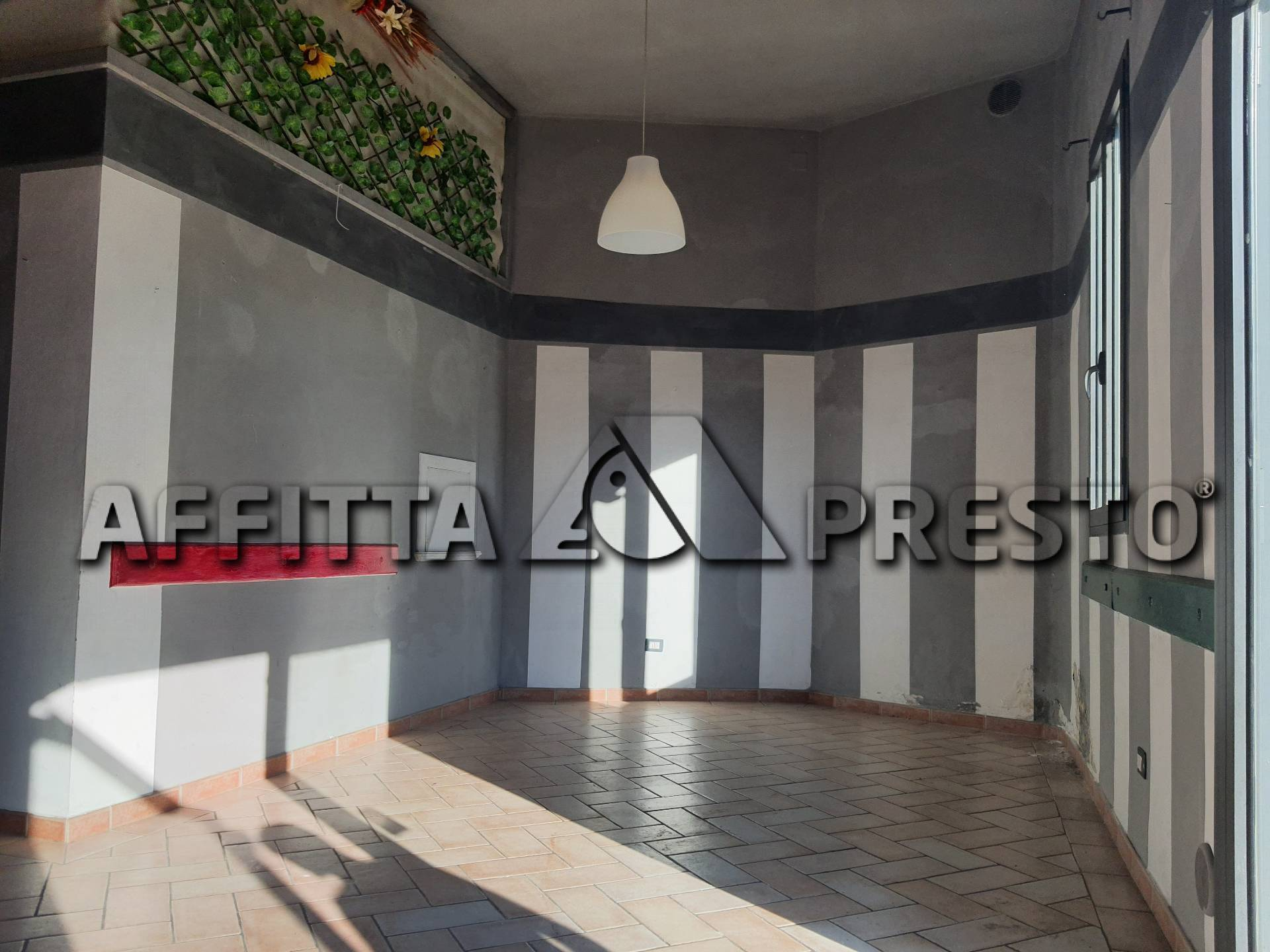 Attività / Licenza in affitto a Castelfranco di Sotto, 9999 locali, prezzo € 700 | CambioCasa.it