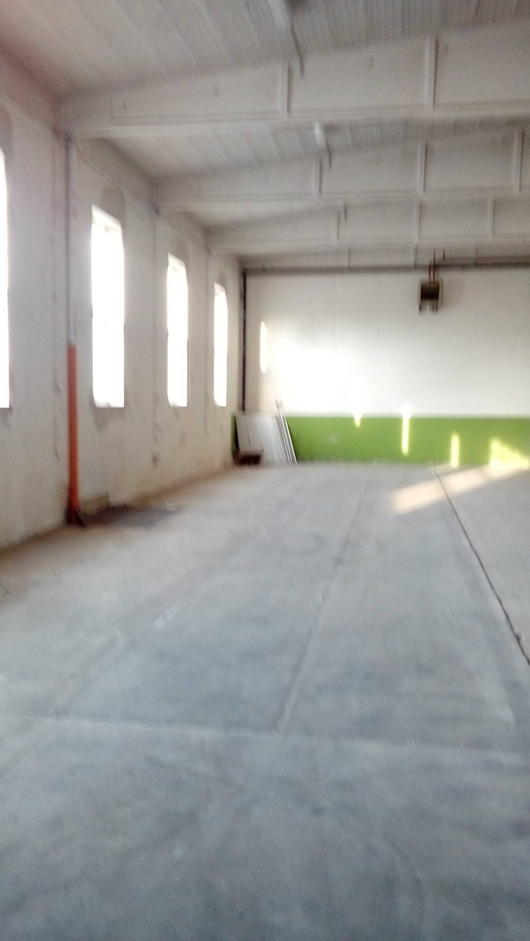 Capannone in affitto a Longiano, 9999 locali, zona Località: BudrioDiLongiano, prezzo € 2.500   CambioCasa.it