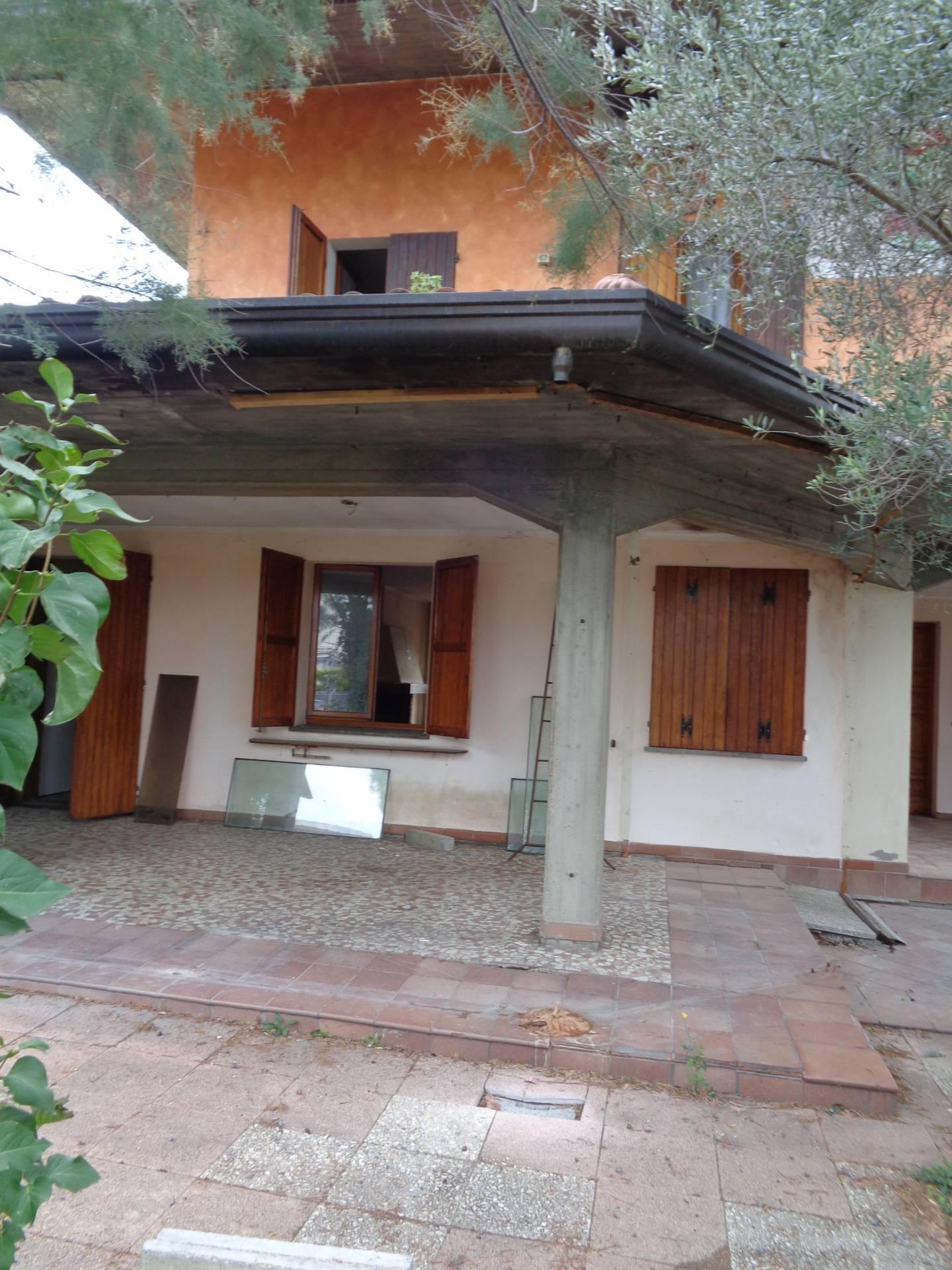 Attività / Licenza in affitto a Longiano, 9999 locali, zona Località: CrociettaDiLongiano, Trattative riservate   CambioCasa.it