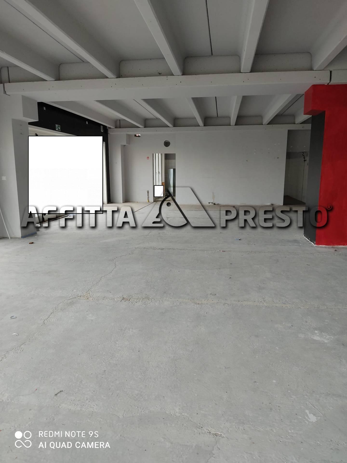 Attività / Licenza in affitto a Collesalvetti, 3 locali, prezzo € 1.700   PortaleAgenzieImmobiliari.it