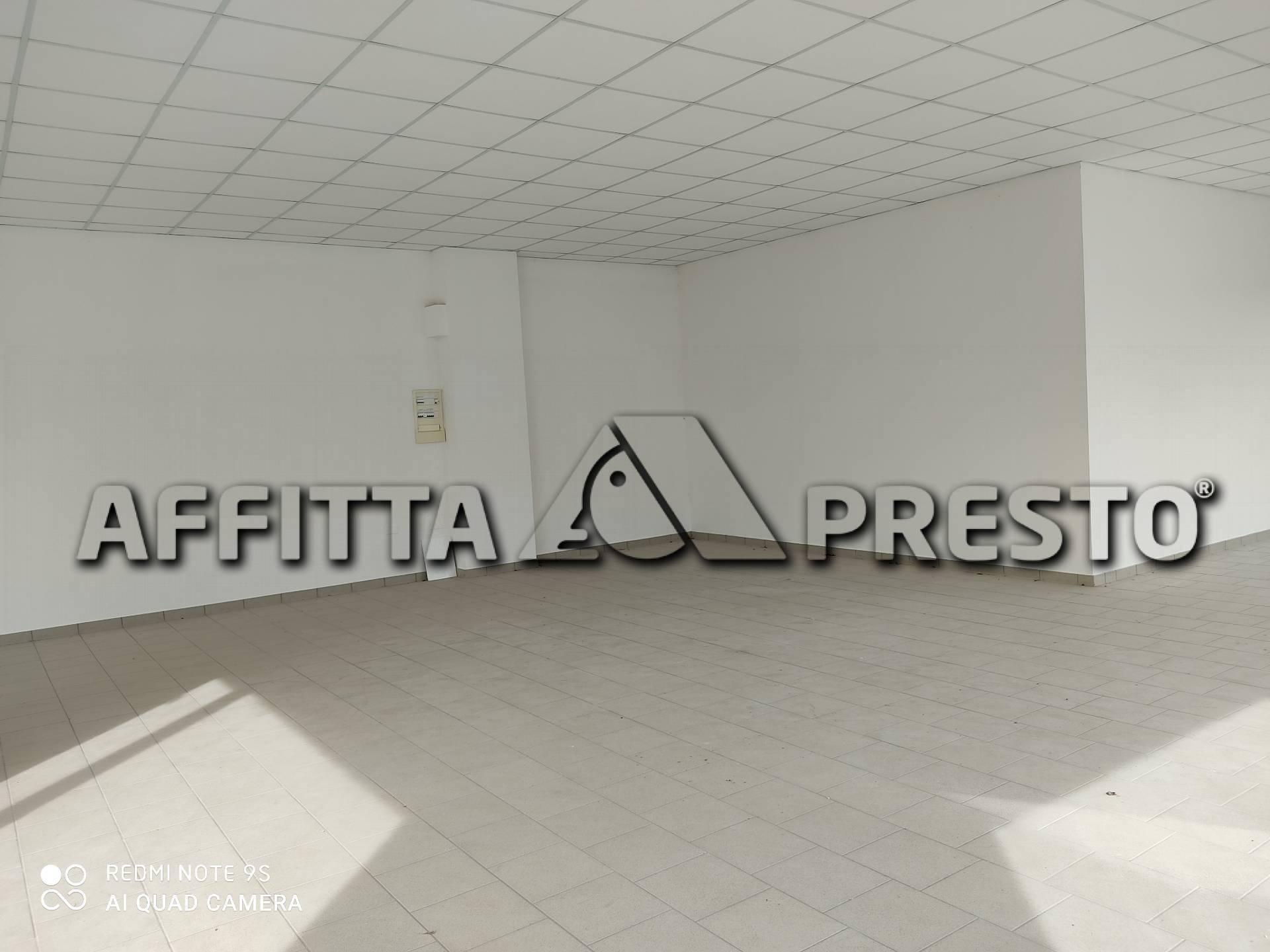 Attività / Licenza in affitto a Collesalvetti, 9999 locali, prezzo € 1.200   PortaleAgenzieImmobiliari.it