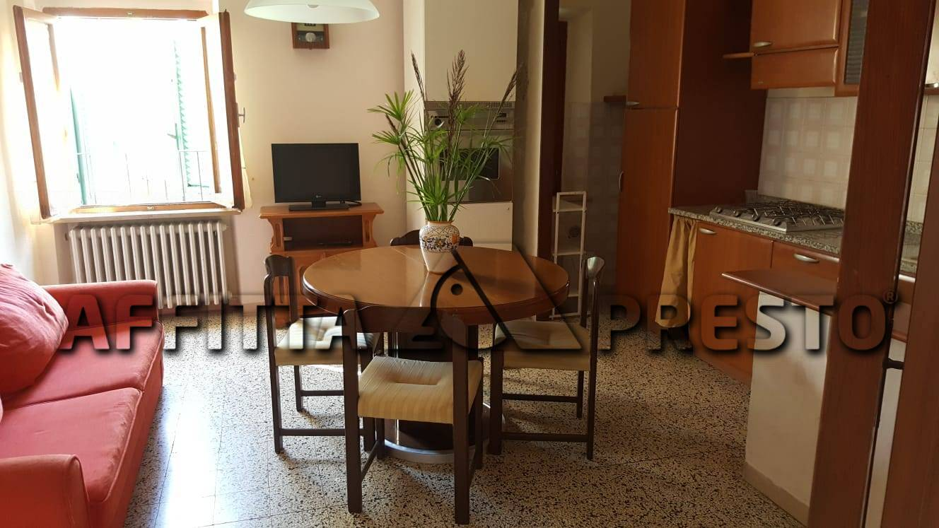 Appartamento in affitto a Lajatico, 6 locali, zona Località: Lajatico, prezzo € 480   CambioCasa.it