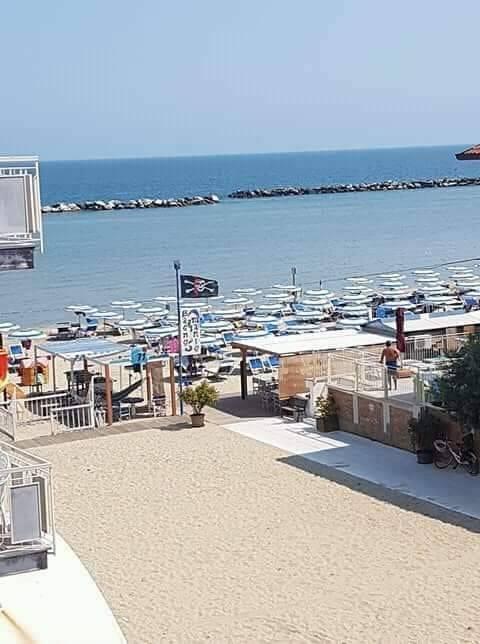 Appartamento in affitto a Bellaria Igea Marina, 7 locali, zona Località: Bellaria-igeaMarina, prezzo € 2.800 | CambioCasa.it
