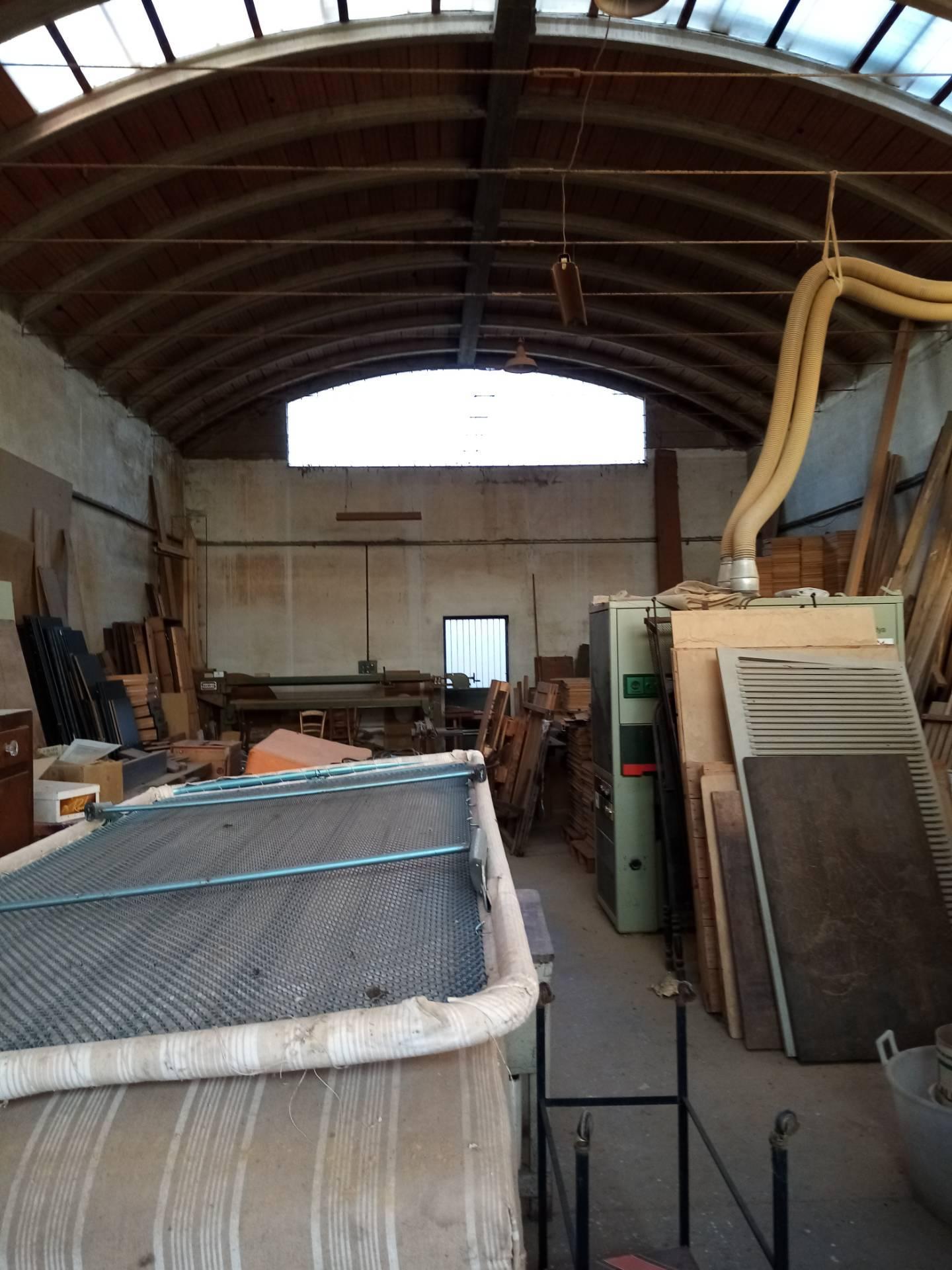 Capannone in affitto a Massa Lombarda, 9999 locali, zona Località: MassaLombarda, prezzo € 700   CambioCasa.it