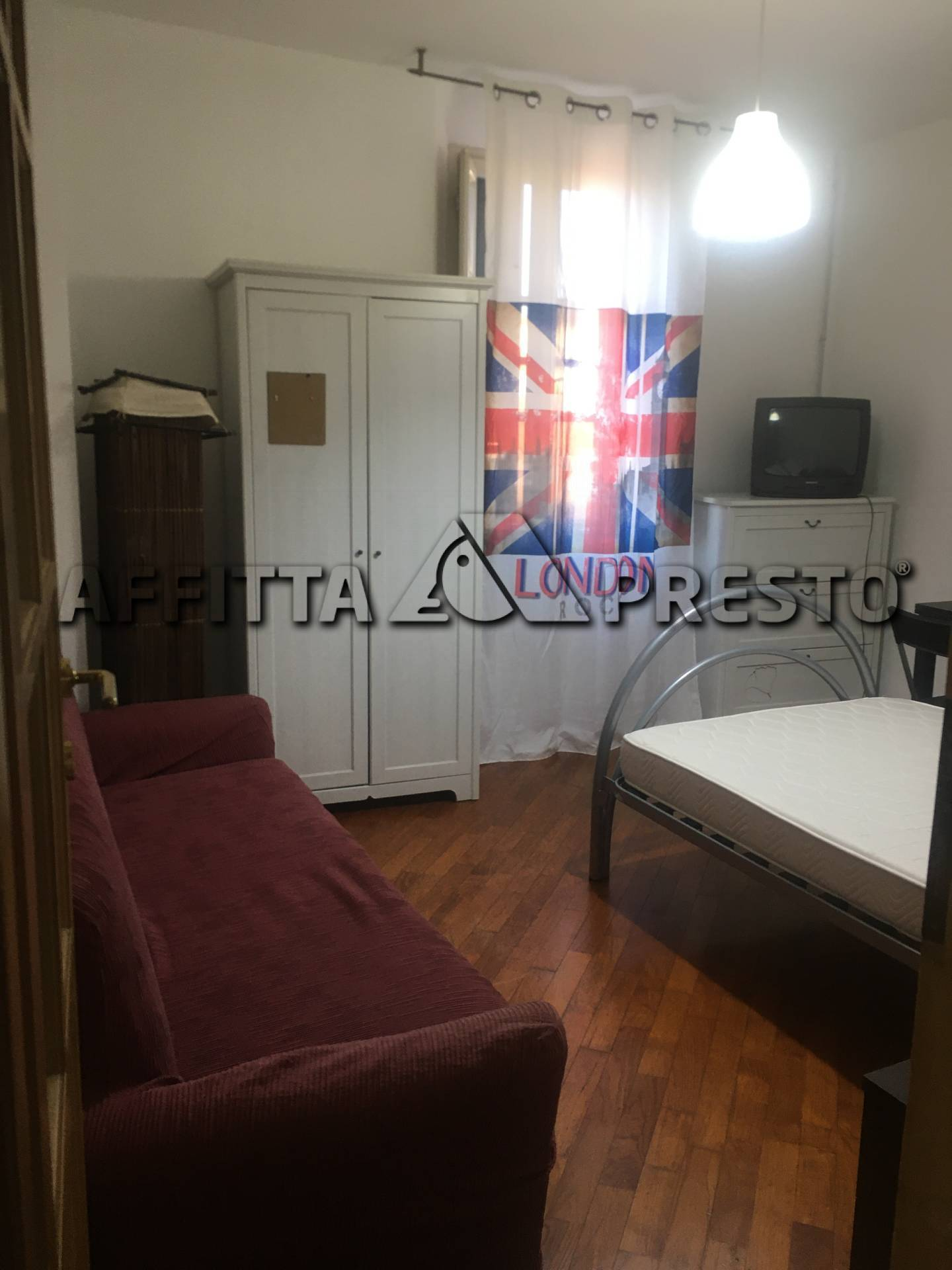 Appartamento in affitto a Pisa, 8 locali, zona Località: Stazione, prezzo € 1.150 | CambioCasa.it