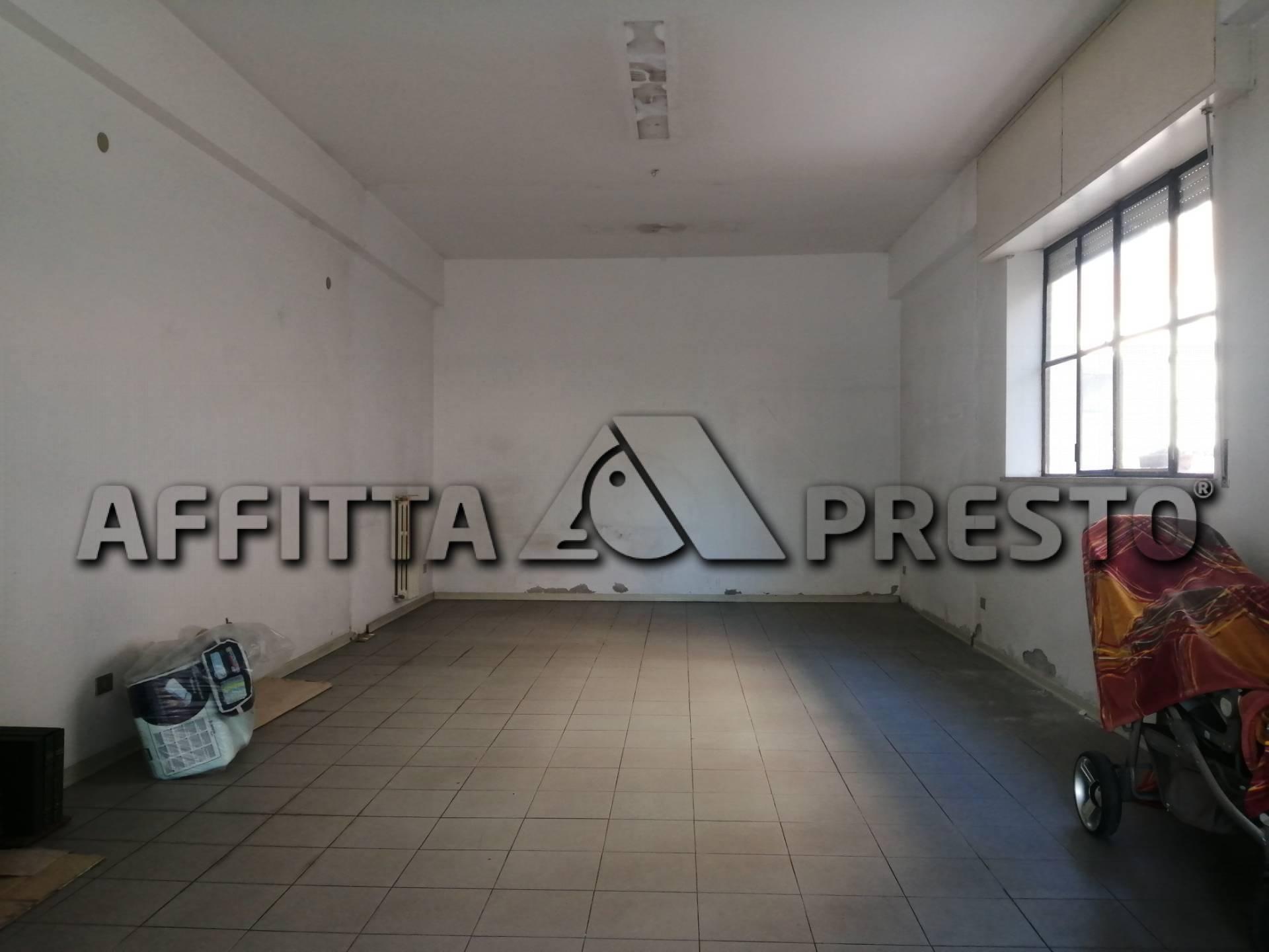 Attività / Licenza in affitto a Ponsacco, 9999 locali, zona Località: Ponsacco, prezzo € 500 | CambioCasa.it