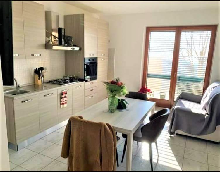 Appartamento in affitto a Sant'omero (TE)