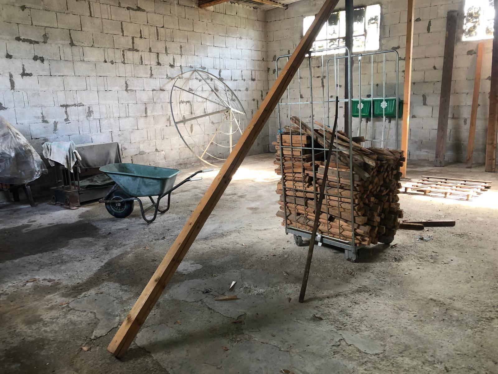 Capannone industriale in affitto - Bozzano, Massarosa